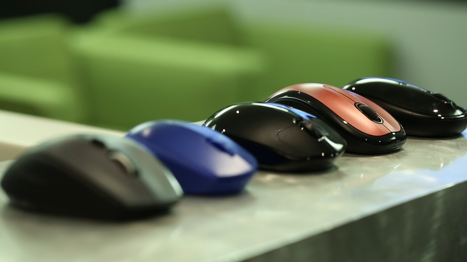 Video: Shopping tips for buying a new mouse