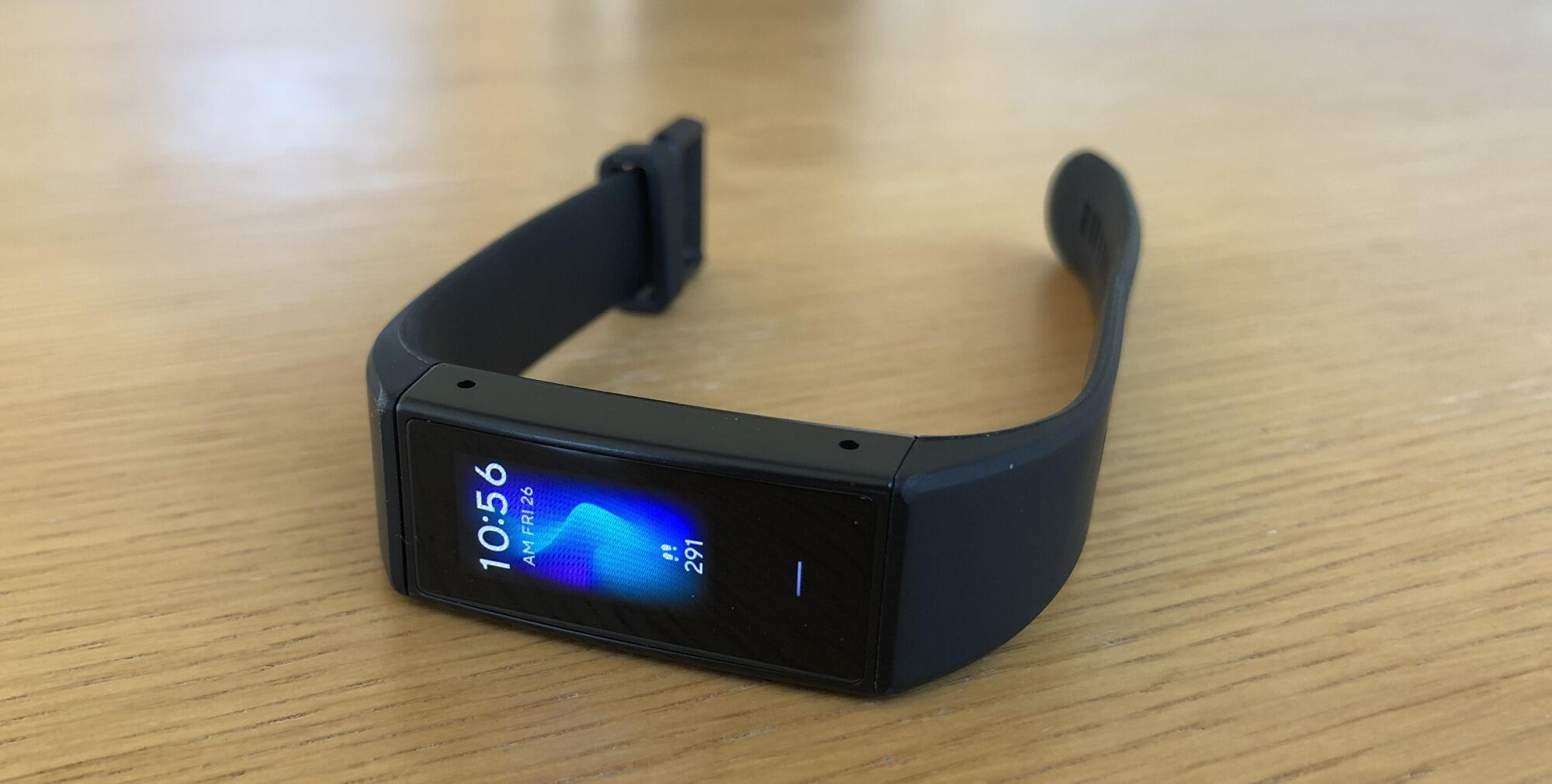 wyze-band-on-table