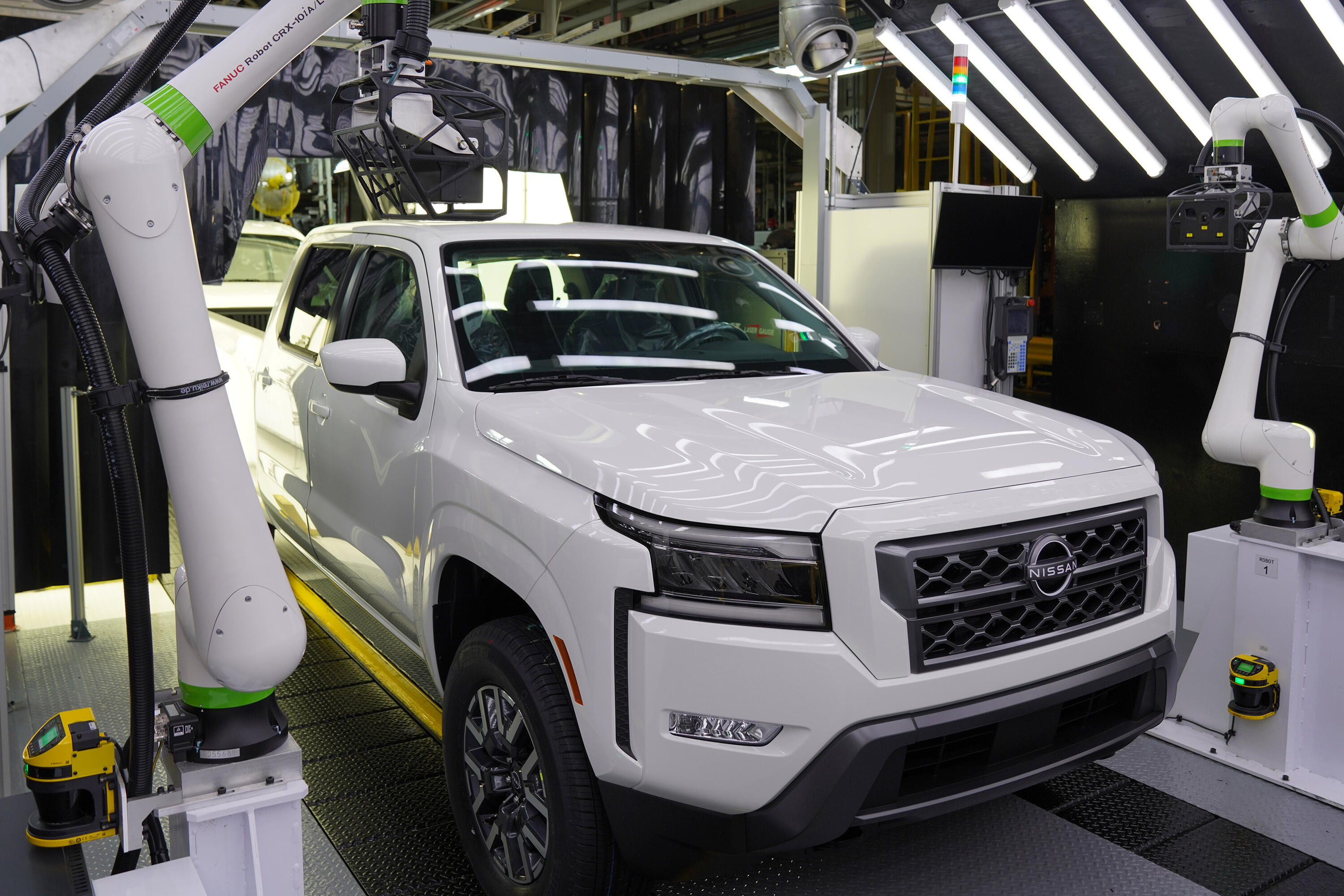 2022 Nissan Frontier Production - assembly line