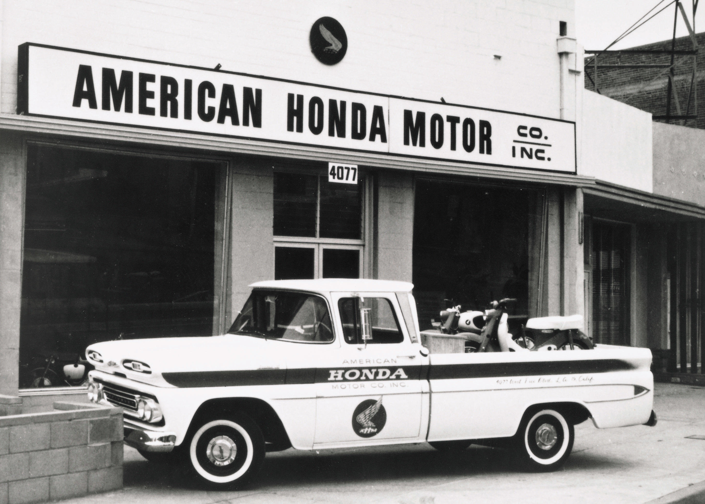 02-original-chevy-delivery-truck-in-front-of-first-american-honda-office