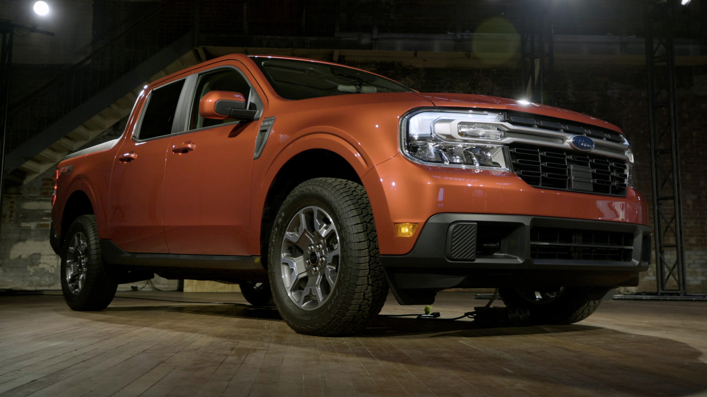 Video: 2022 Ford Maverick: Big truck features, pint-sized package