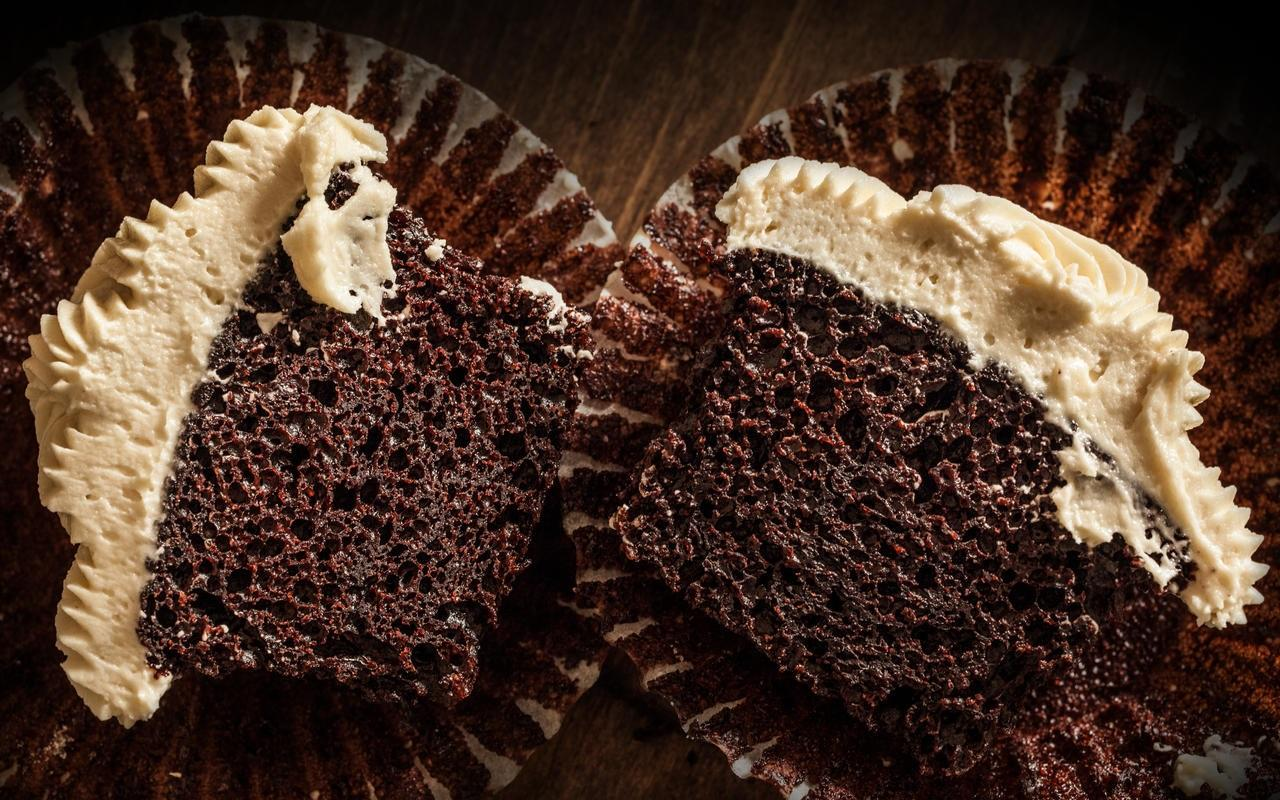 vegan-chocolate-cupcakes-recipe-chowhound