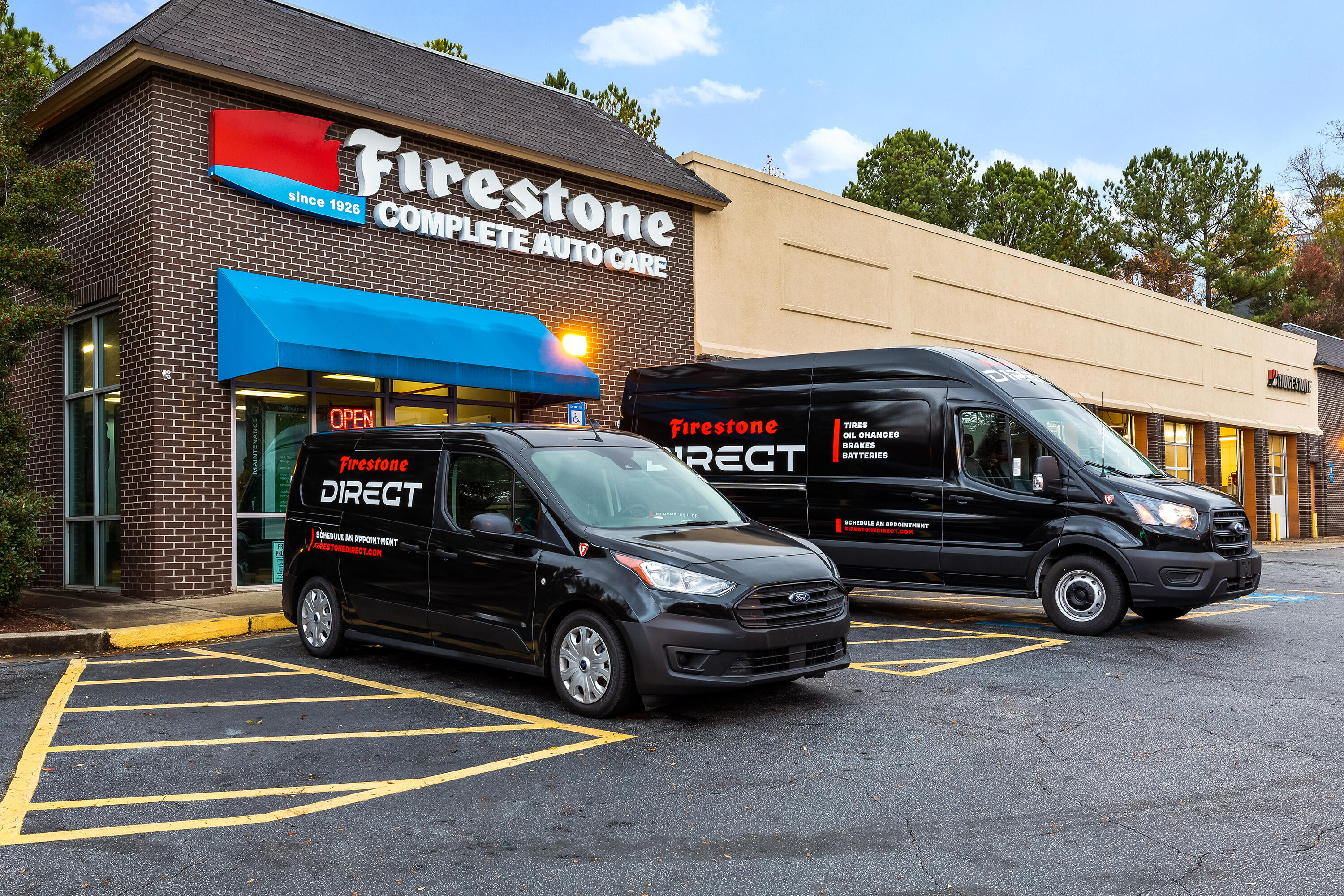 Firestone Direct mobile shop