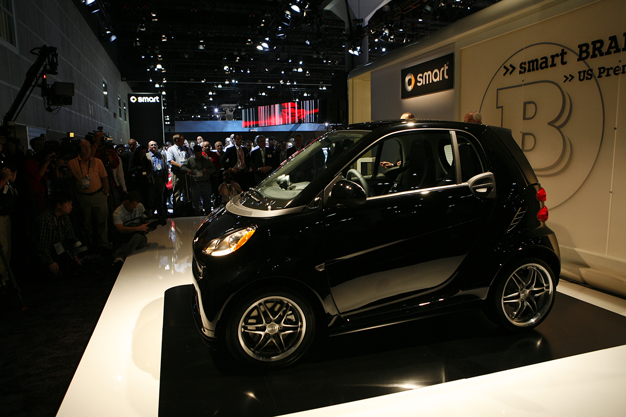 Smart fortwo Brabus side