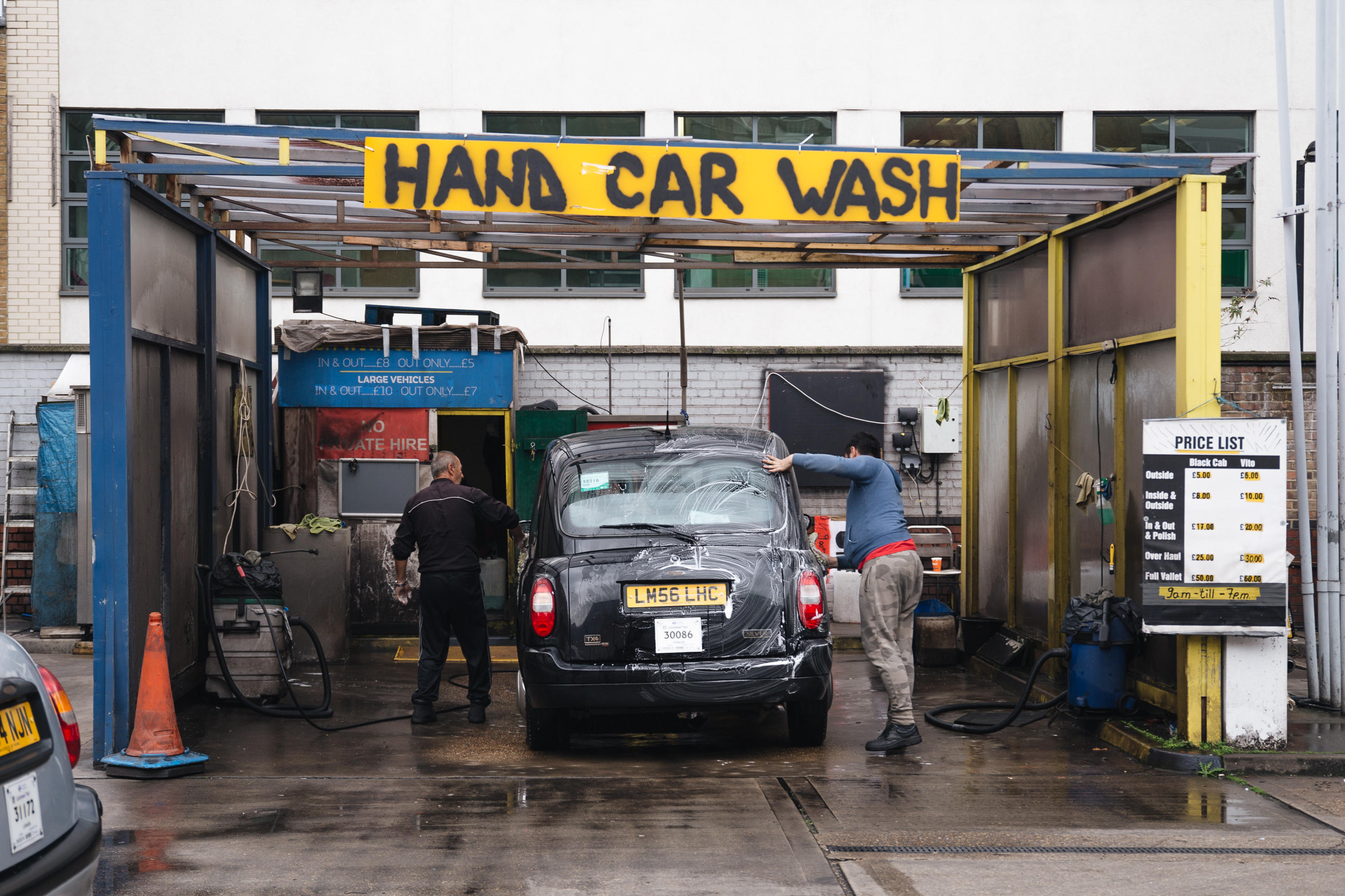 This car wash was in almost constant use during the few hours we spent at the Southwark taxi station. Prices range from £5 for an outside wash, to £50 for a full inside and outside clean.