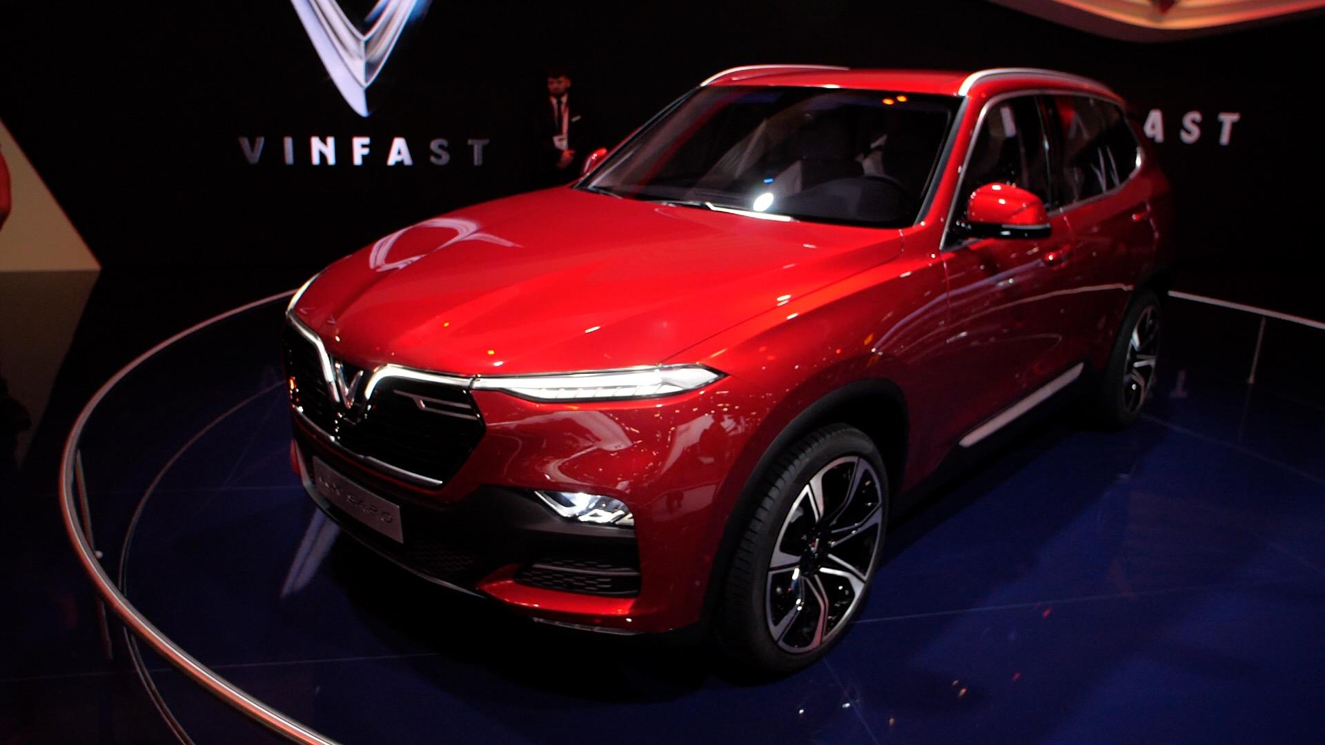 Video: VinFast, the first Vietnamese car company, debuts at Paris Motor Show