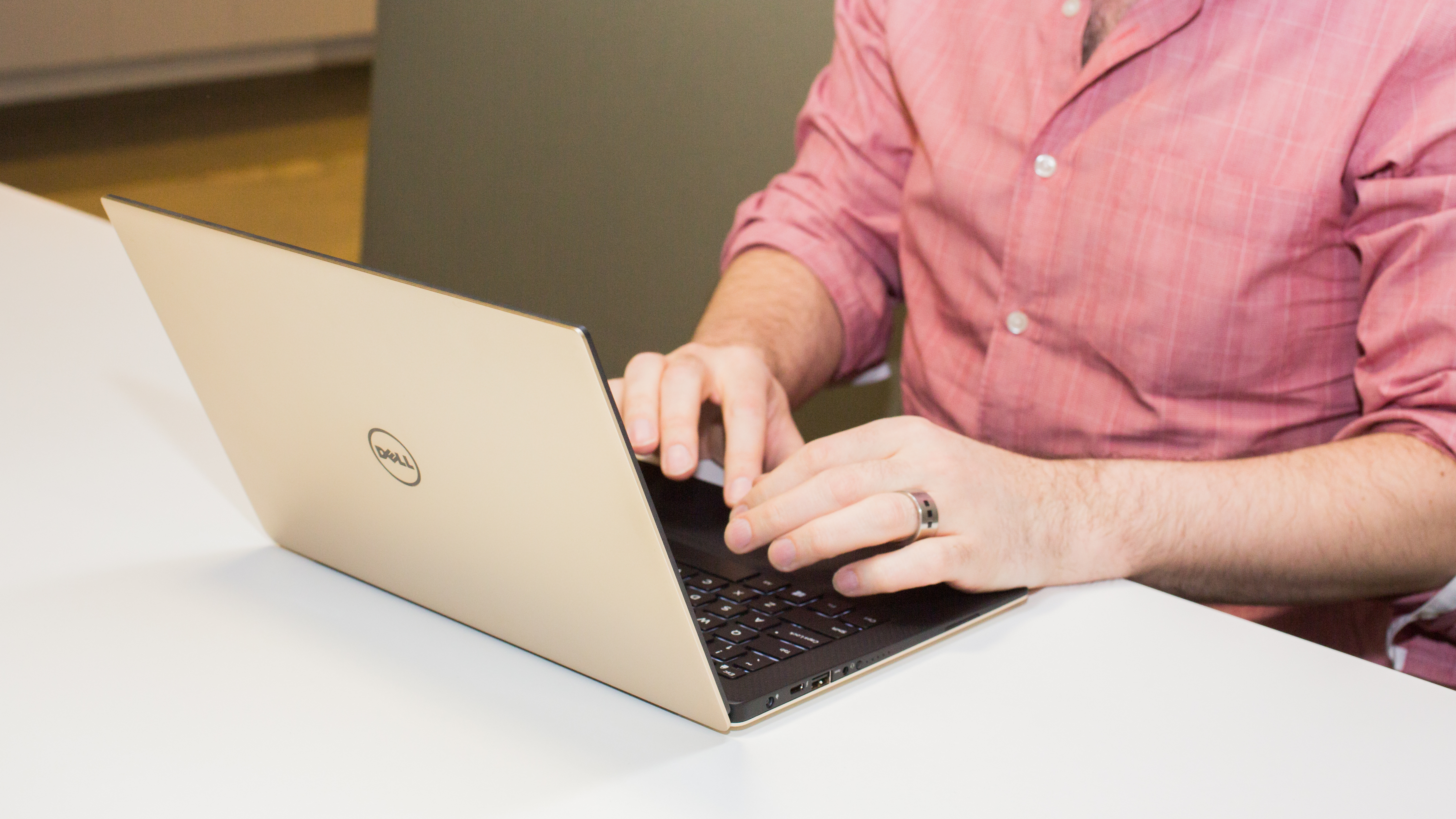 Dell XPS 13 (Gold Edition)