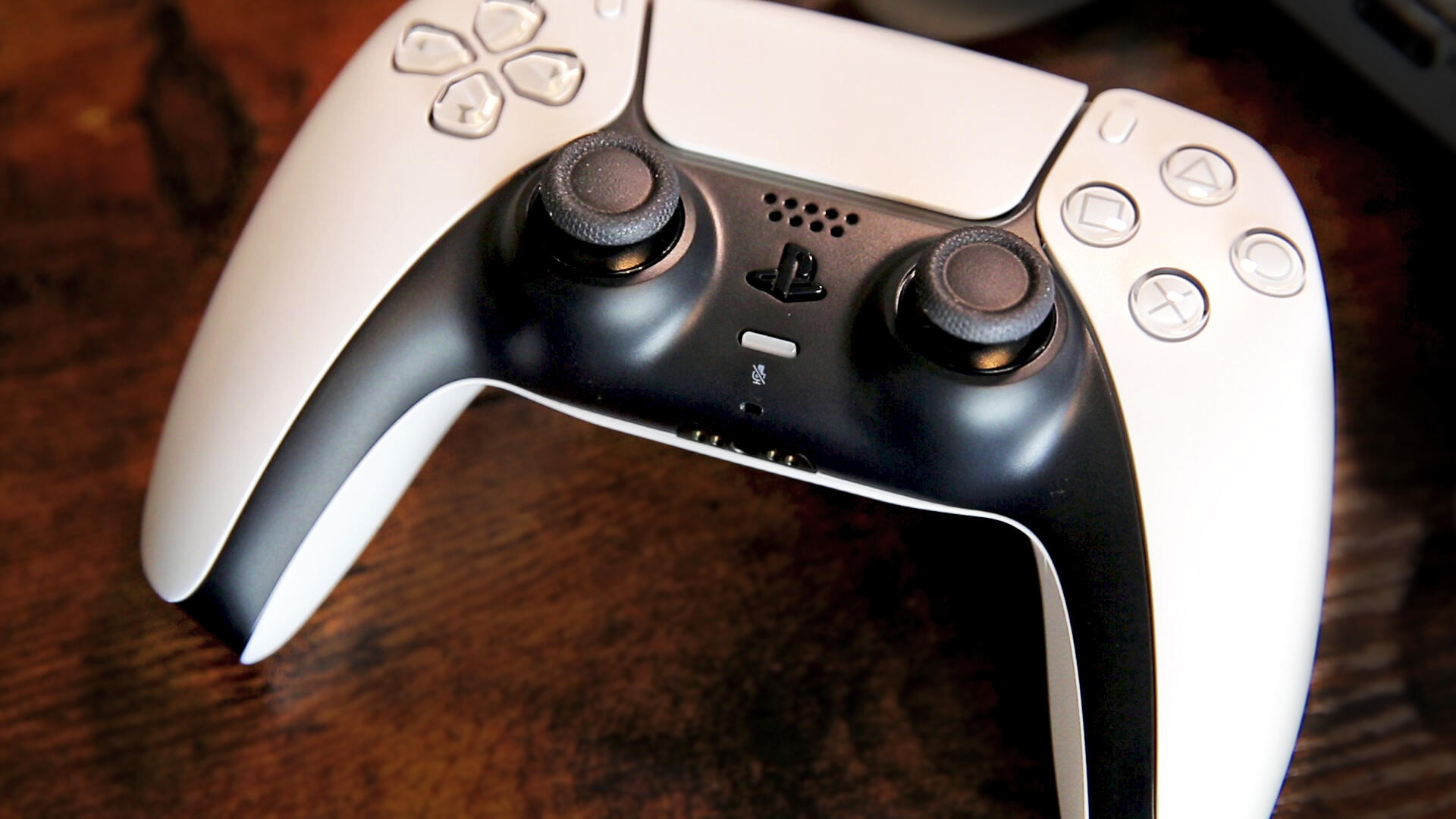 Video: The PS5's DualSense is a surprising reinvention of the PlayStation controller
