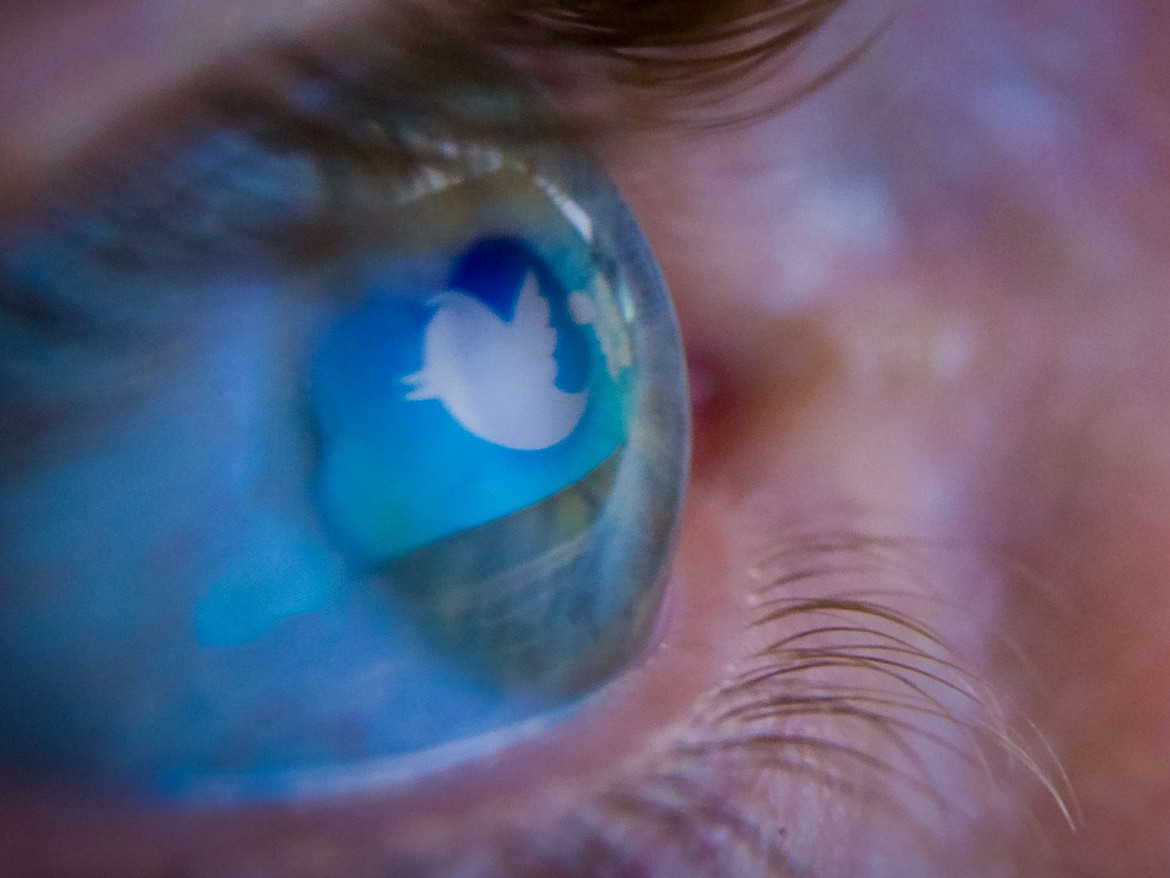twitter-logo-in-eye-getty-news-door.jpg
