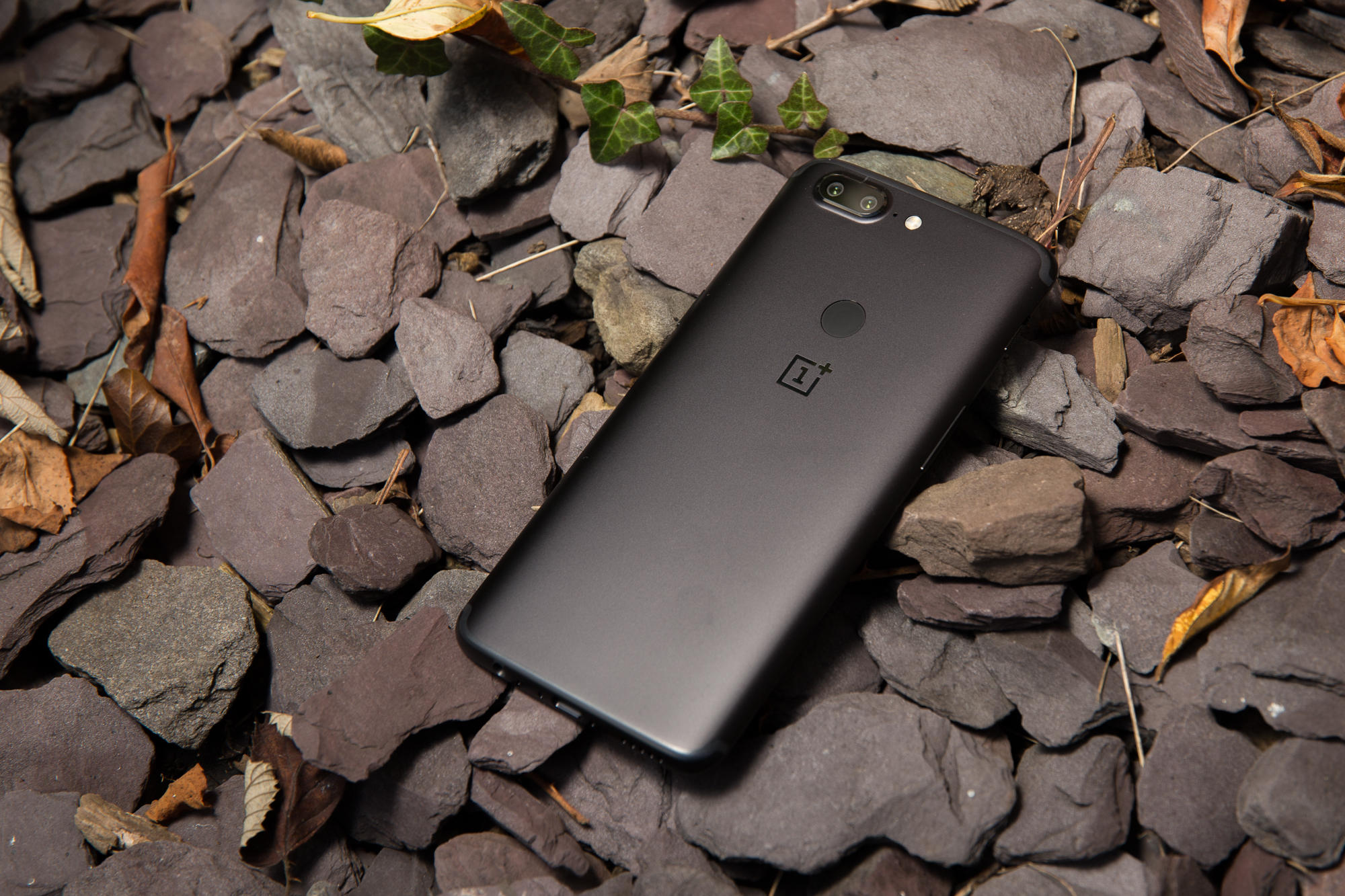 oneplus-5t-product