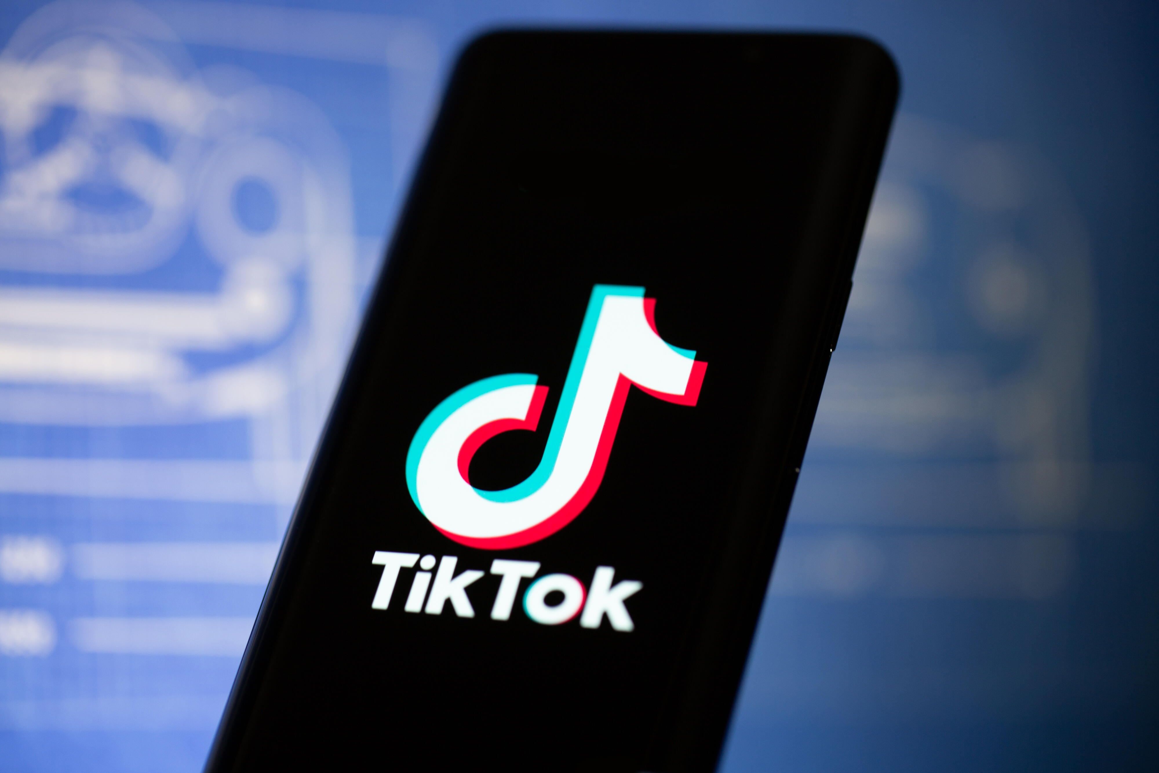 Tiktok Plans To Withdraw From Hong Kong May Face Us Ban Cnet