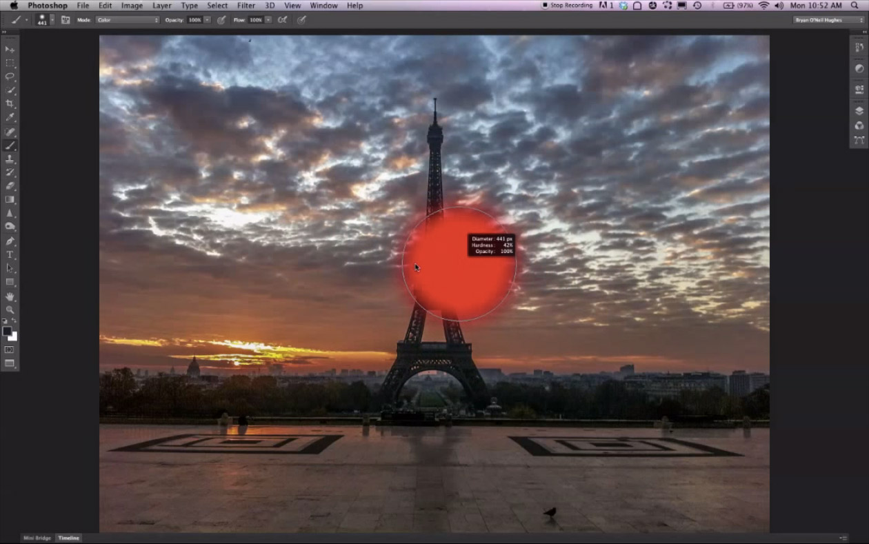 Photoshop CS6 will get a new dark look, but it's not required. This view also shows the visual and numeric information about brush settings.