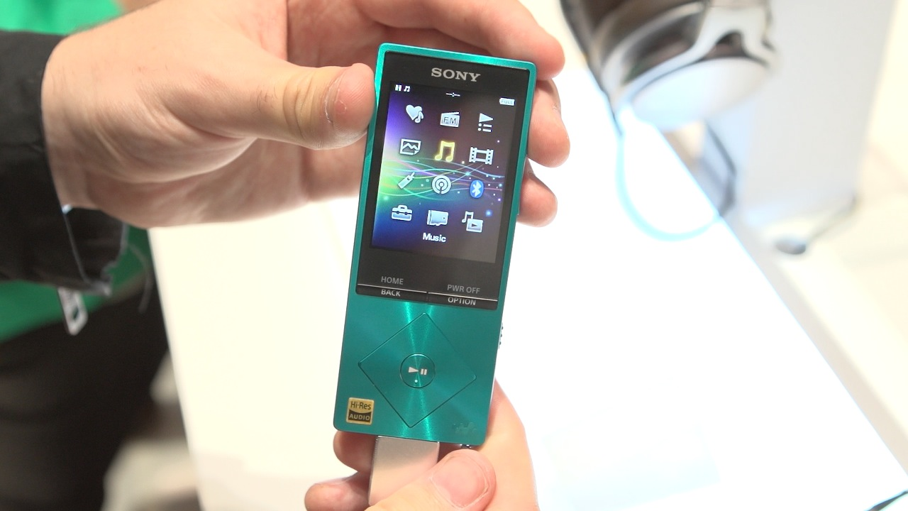 Video: Sony's new Walkman handles hi-res audio (hands-on)
