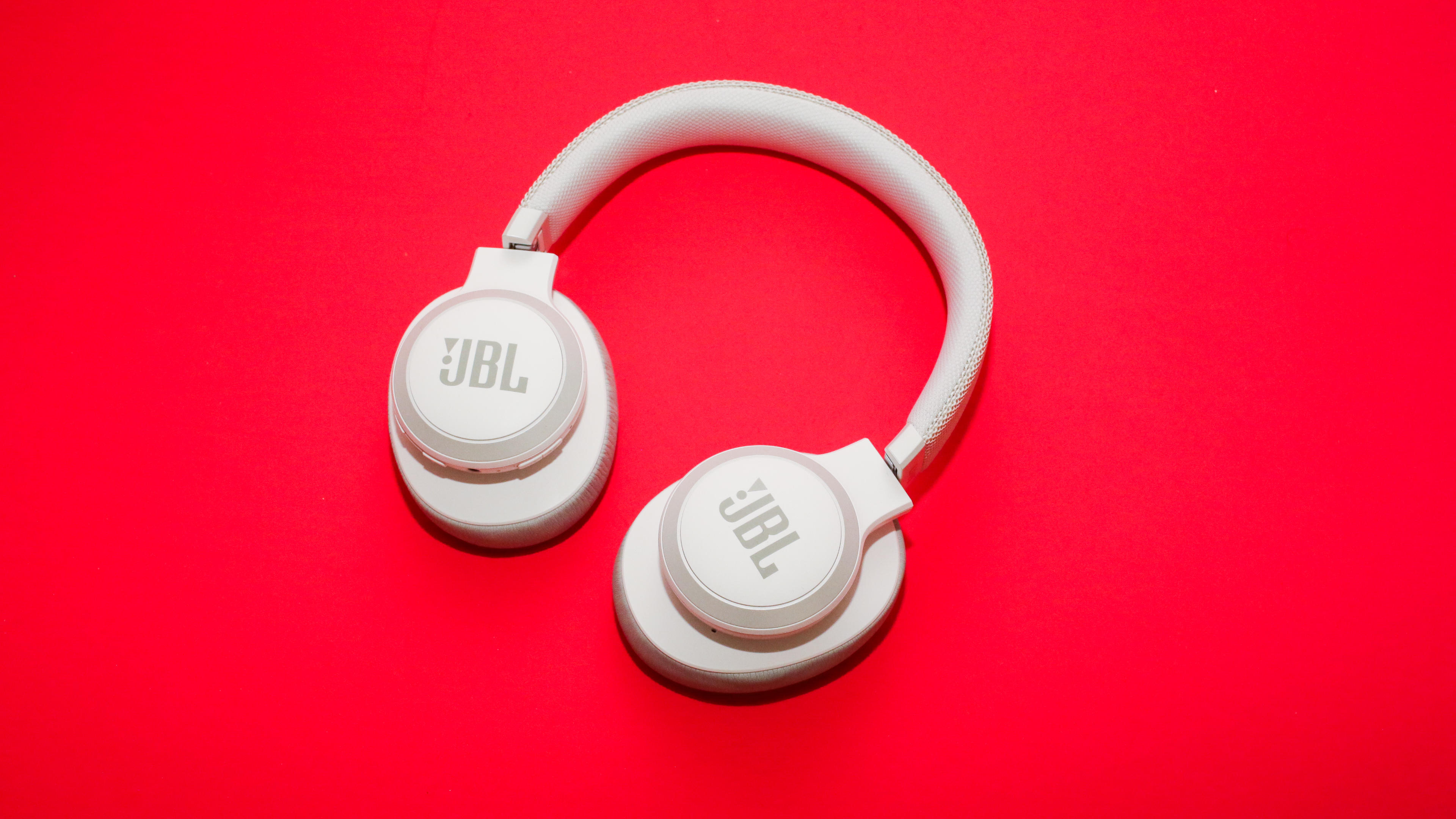 JBL 650BT Active Noise Cancelling Headphones