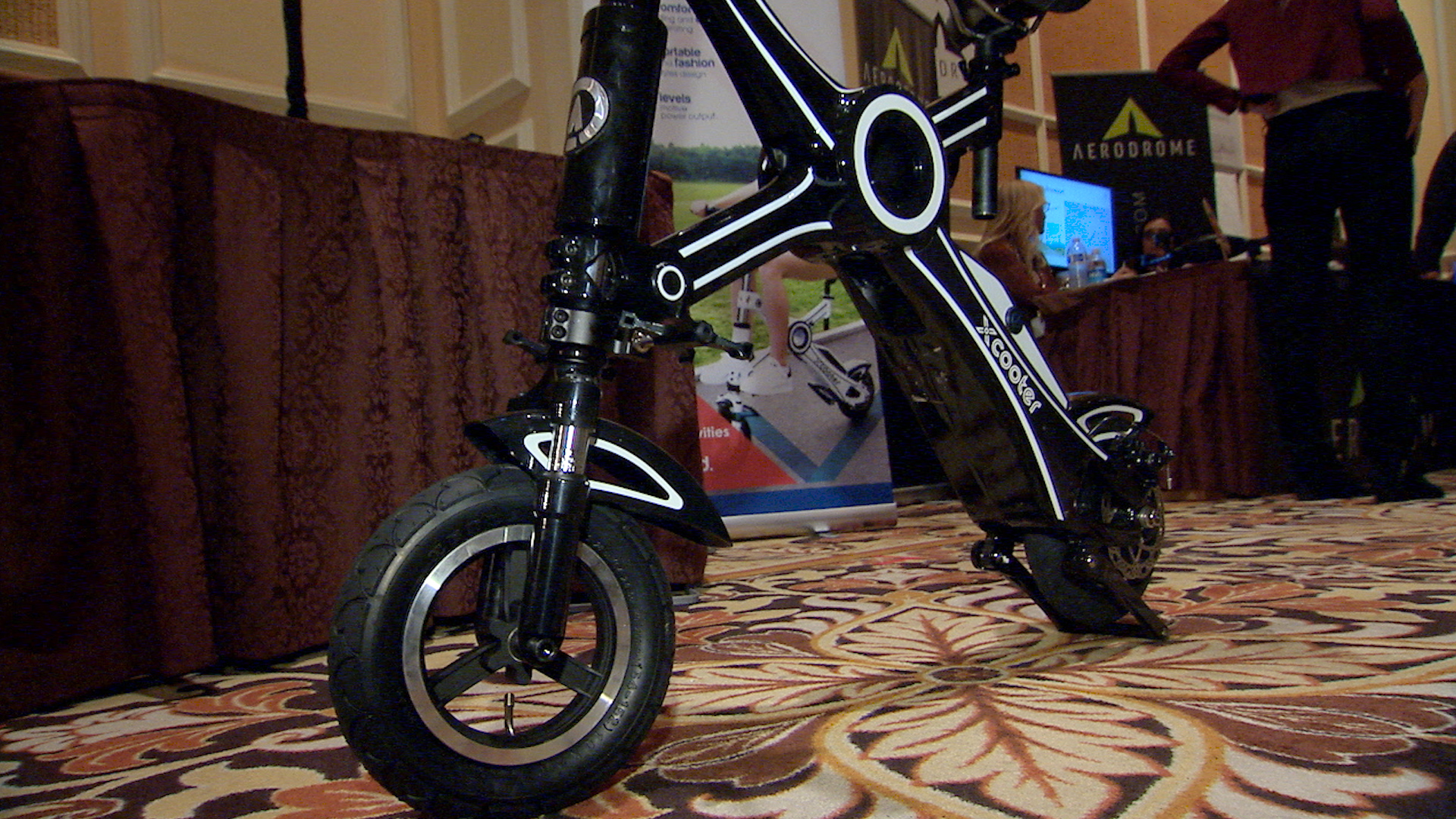 Video: This fast, foldable scooter brings the X-factor to your commute
