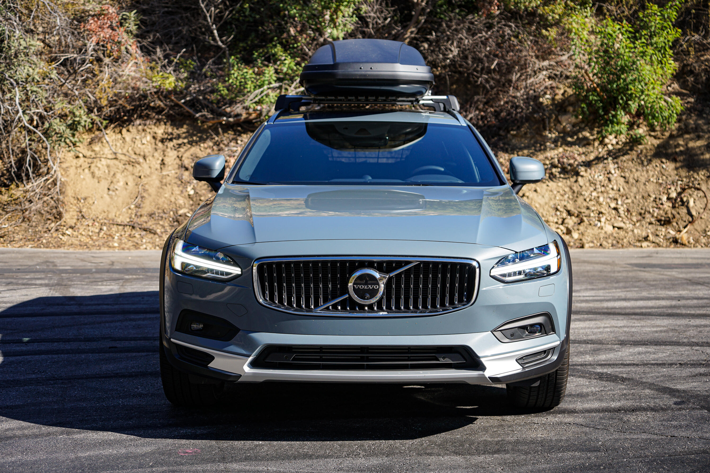 2021-volvo-v90-crosscountry-006