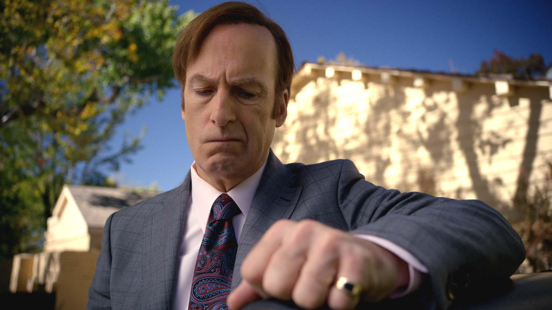 Actor Bob Odenkirk says he had a heart attack, but will 'be back soon'     – CNET