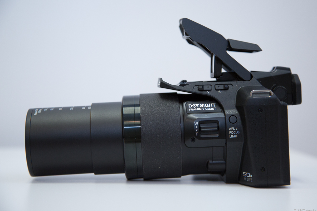 Secondary zoom control and focus limiter