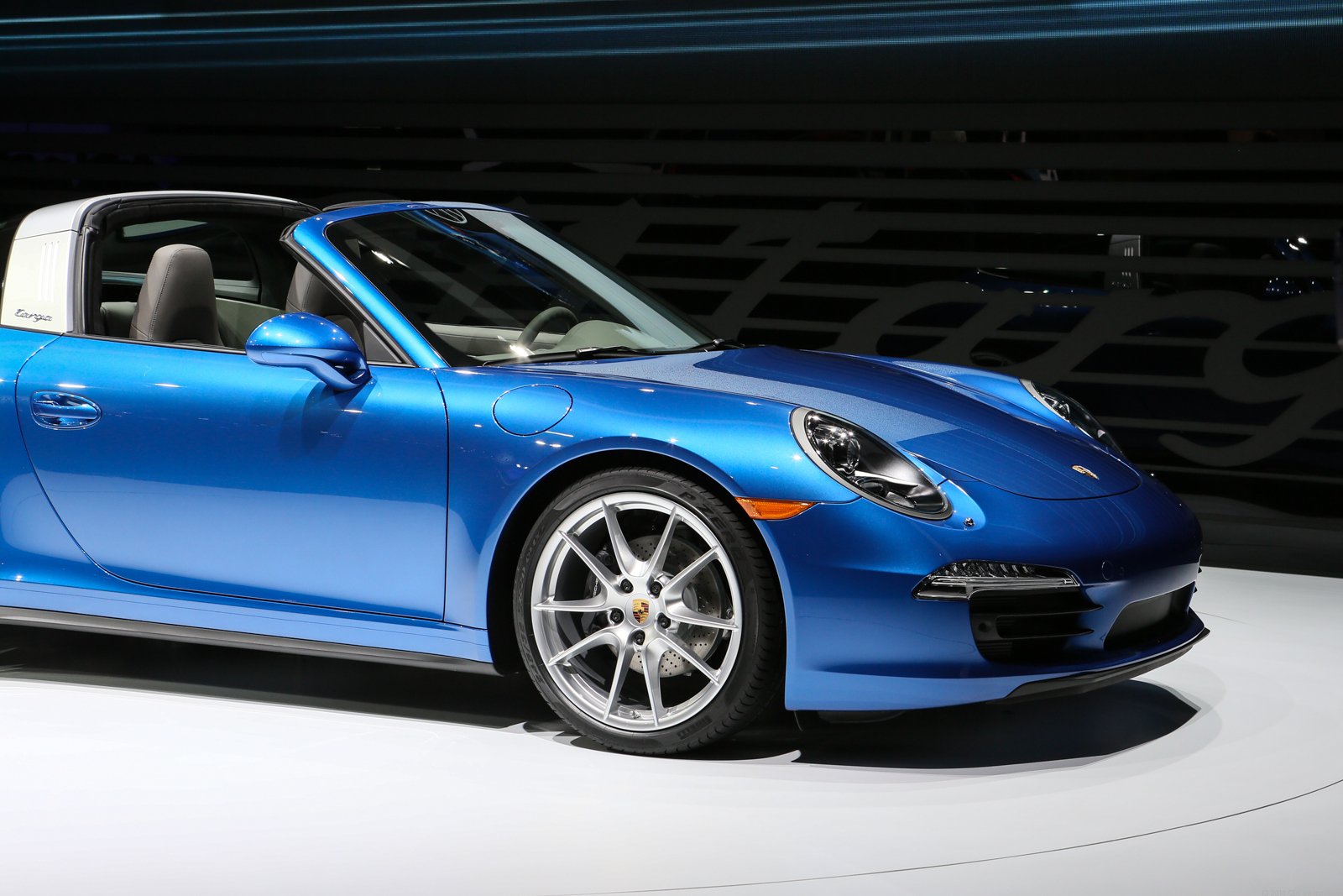 To Targa, or to Cabriolet?