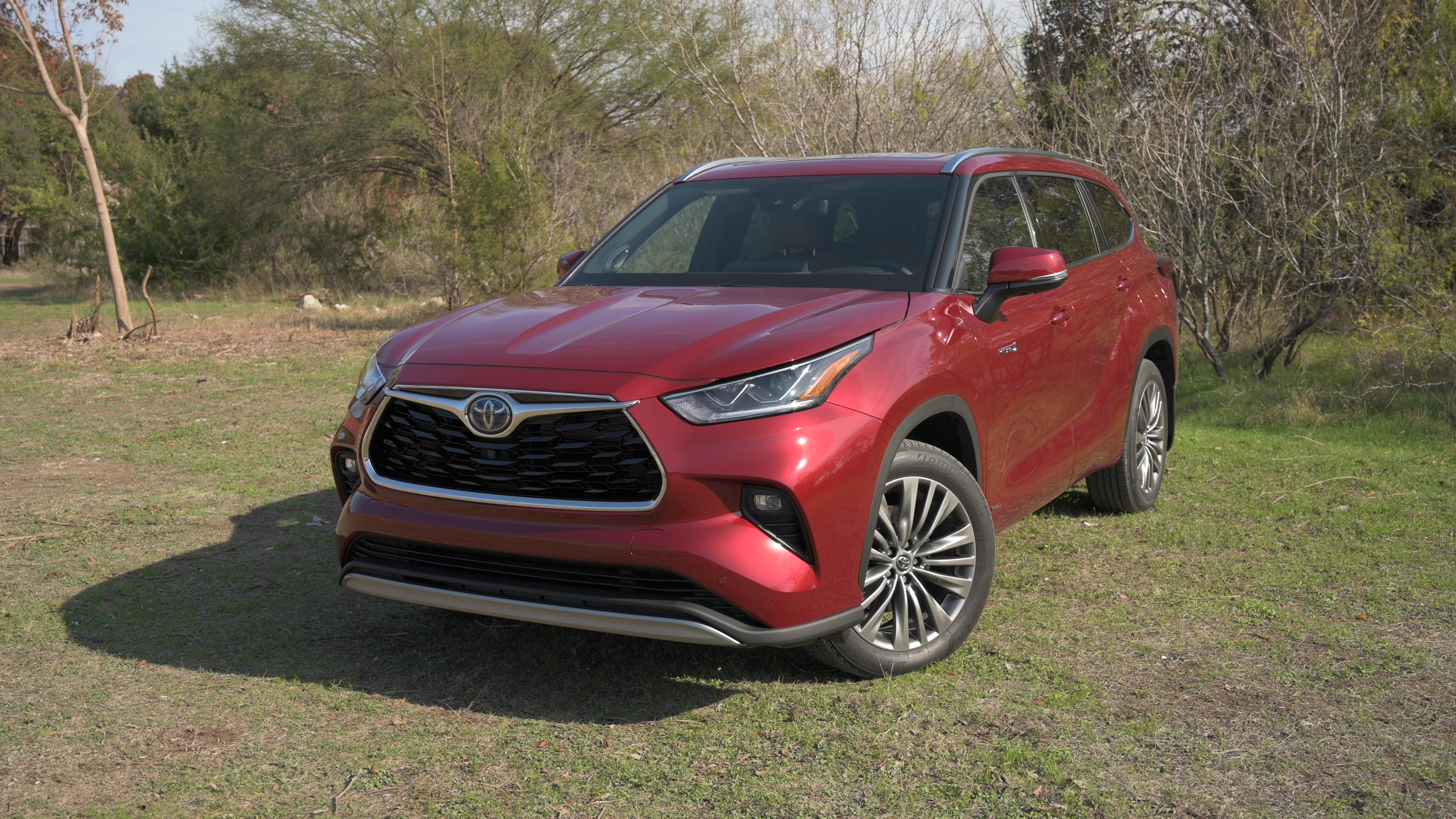 Video: 2020 Toyota Highlander: The original gets completely revamped