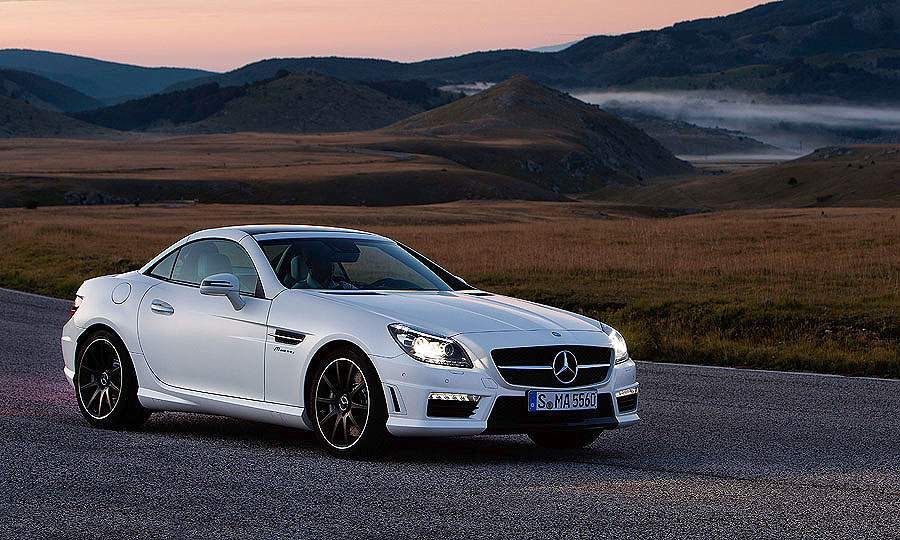 The SLK AMG arrives in U.S. dealerships early next year.