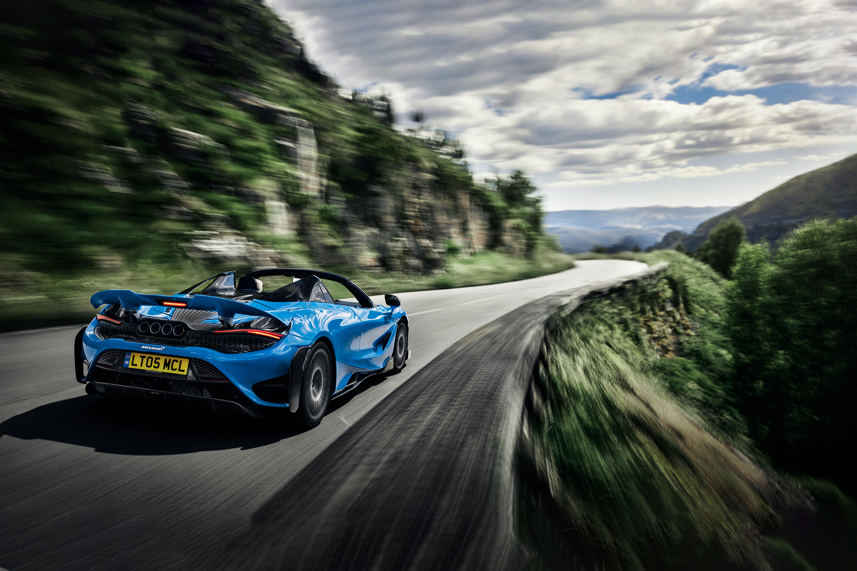 McLaren's 765LT Spider provides supercar thrills without a top – Roadshow