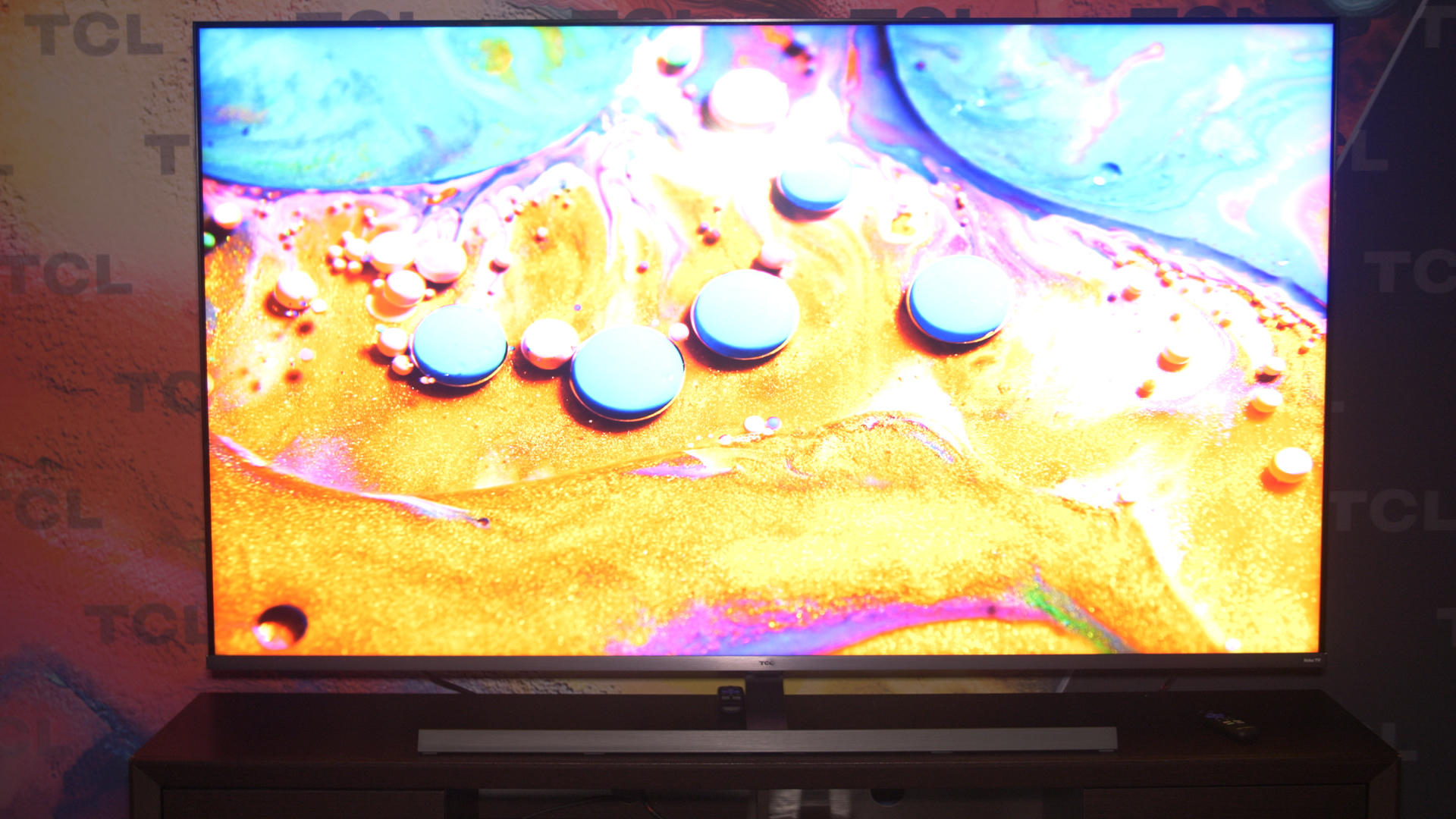 Video: TCL 8 series, 6 series boost Roku TV's picture quality chops