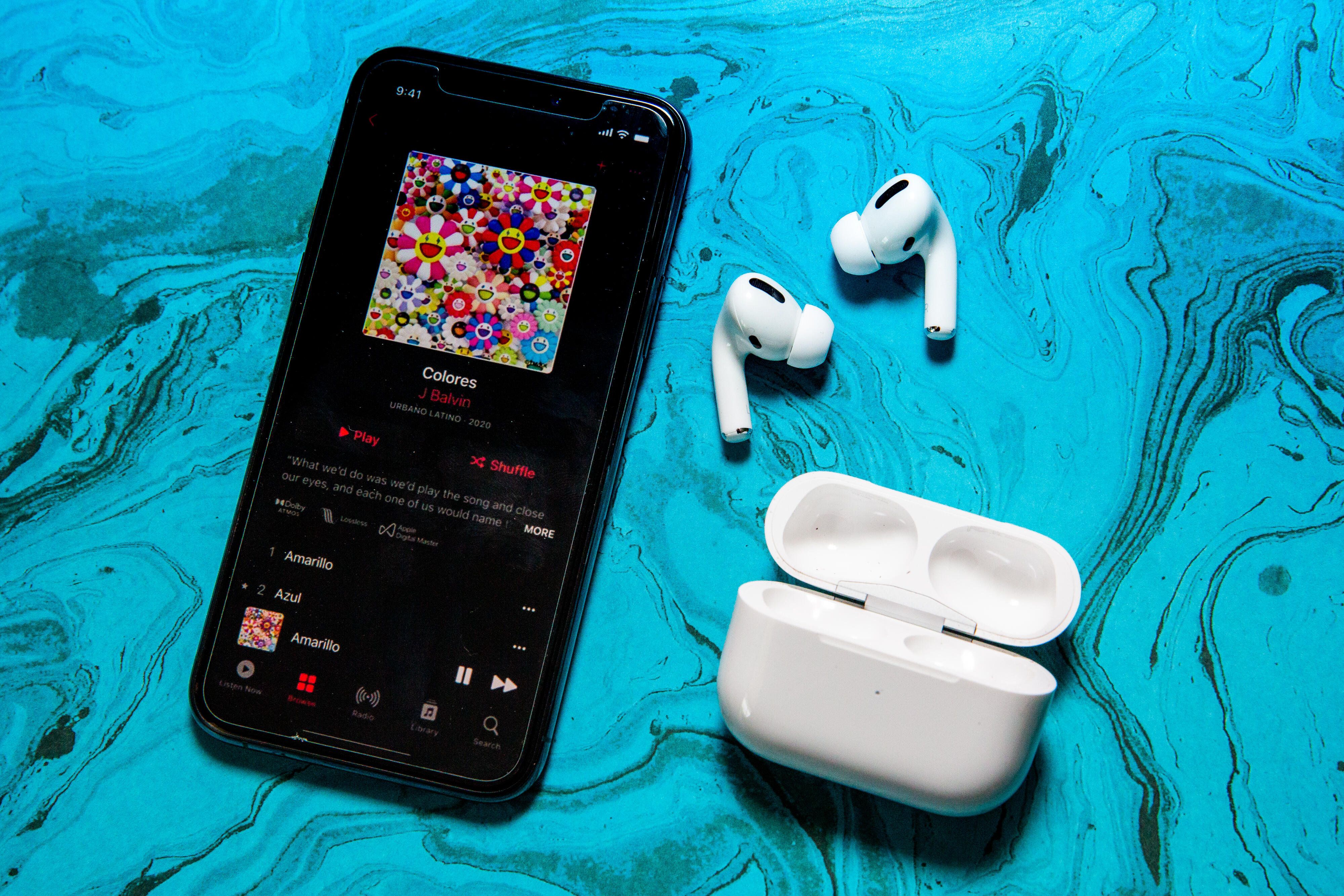 AirPods pro Apple Music