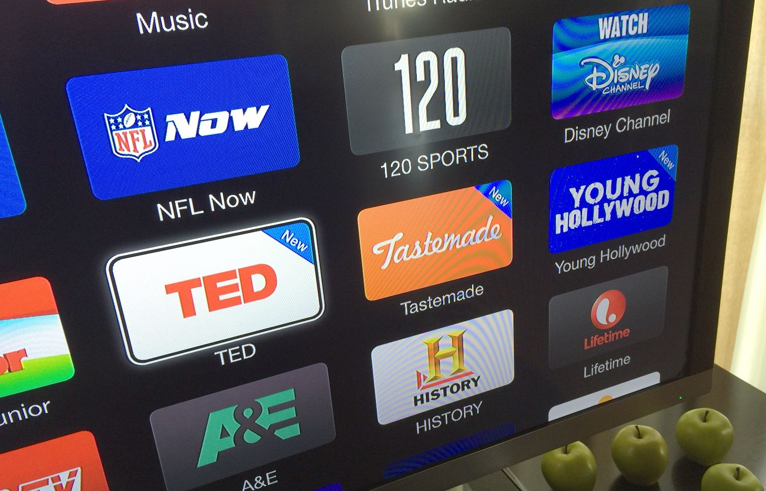 apple-tv-new-channels-including-ted.jpg
