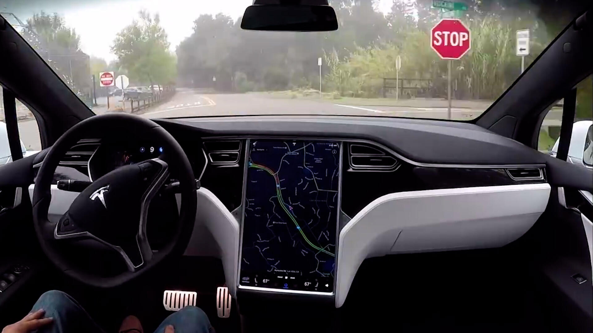 Video: A reality check on Tesla Full Self-Driving: What it is and how to get it
