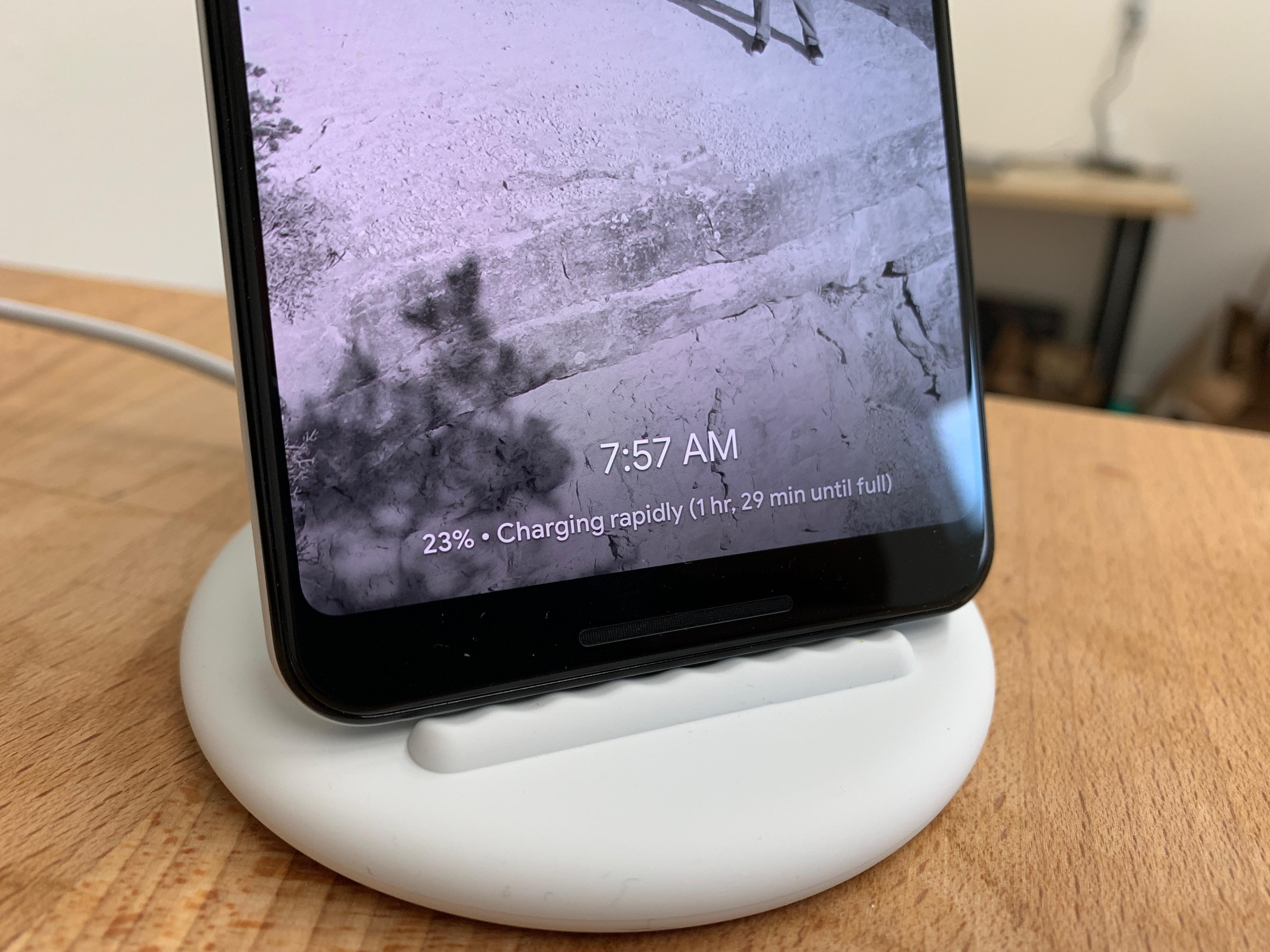 pixel-stand-charging