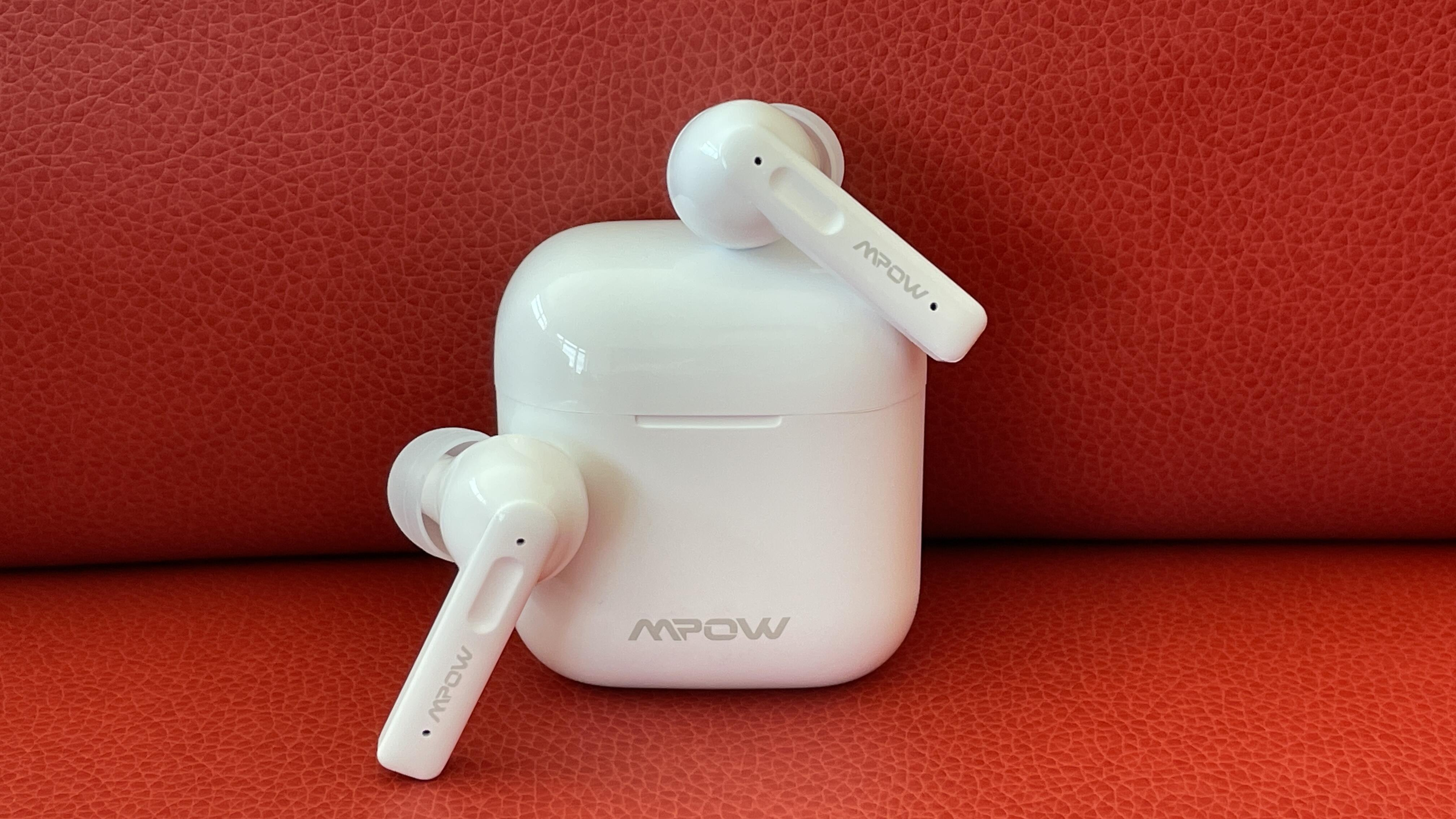 Cyber Monday headphone deal: Excellent AirPods Pro alternative returns for  today at Amazon (Update: Expired)