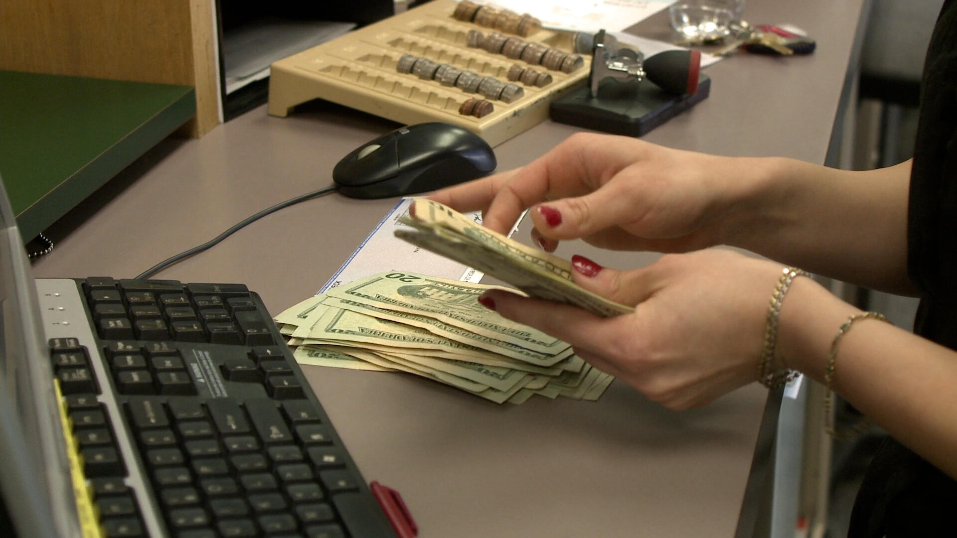 Video: Find your 'lost' money in 2 minutes with these tools