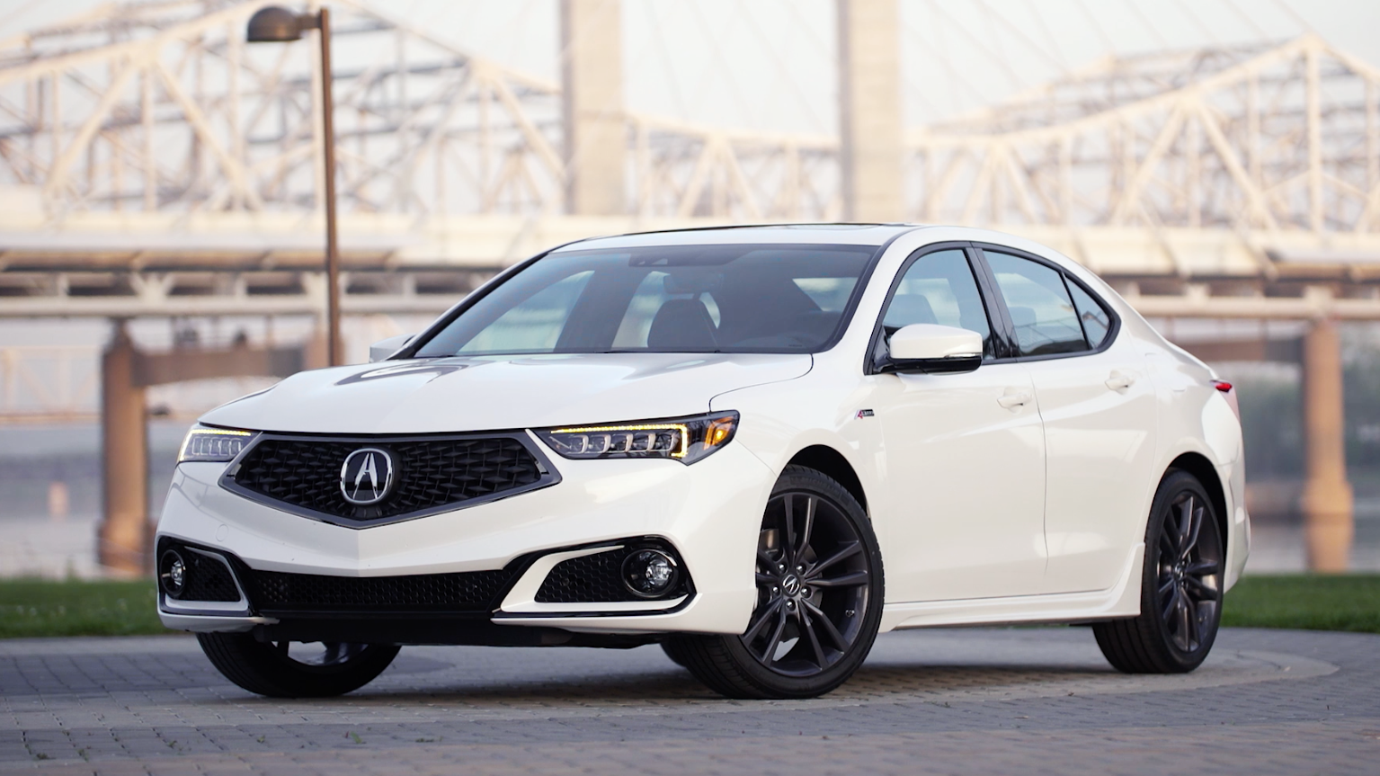Video: Five things you need to know about the 2018 Acura TLX