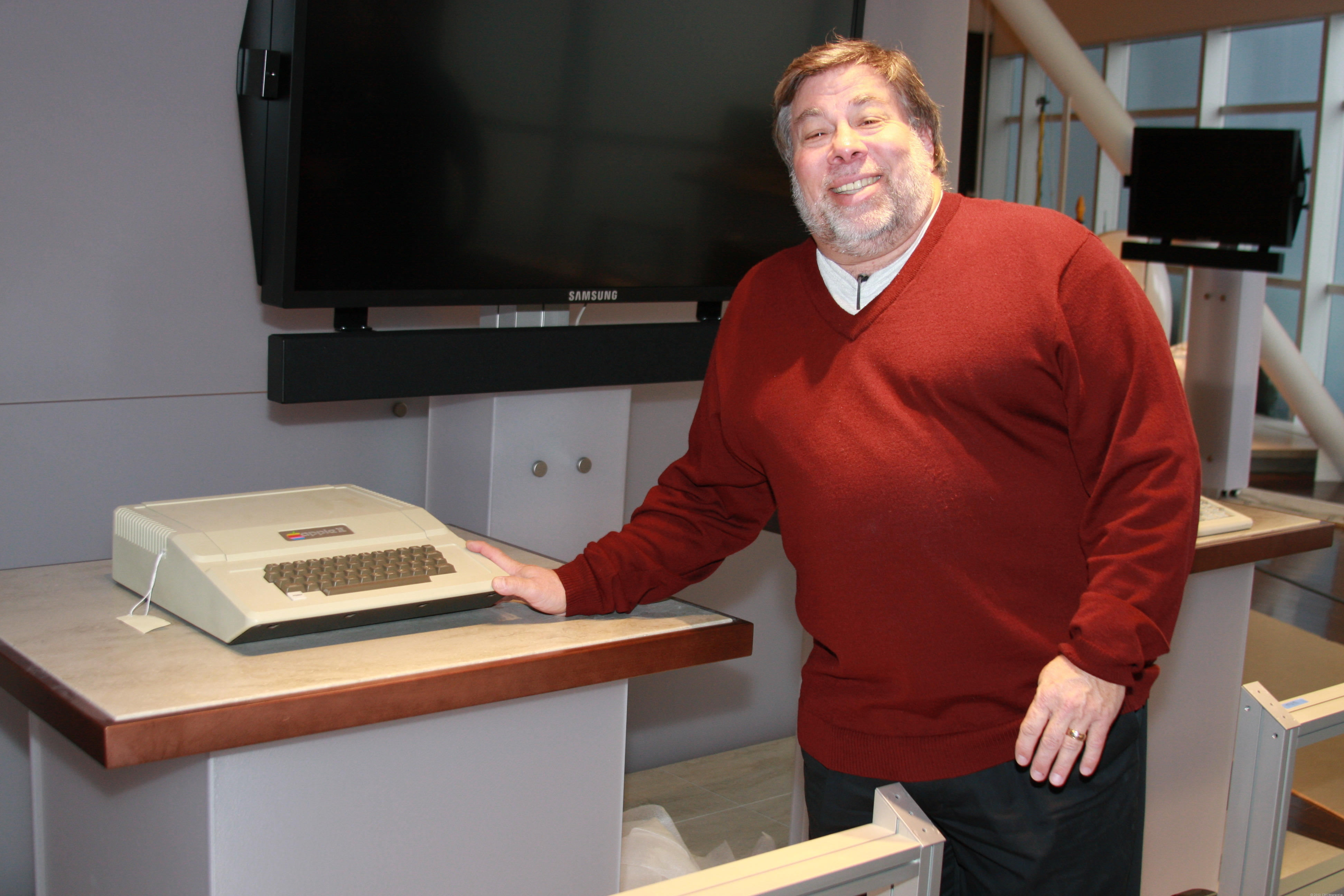 Steve Wozniak with his famed creation, the Apple II computer, at the Computer History Museum in Mountain View.