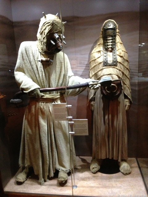 Tusken raider and woman