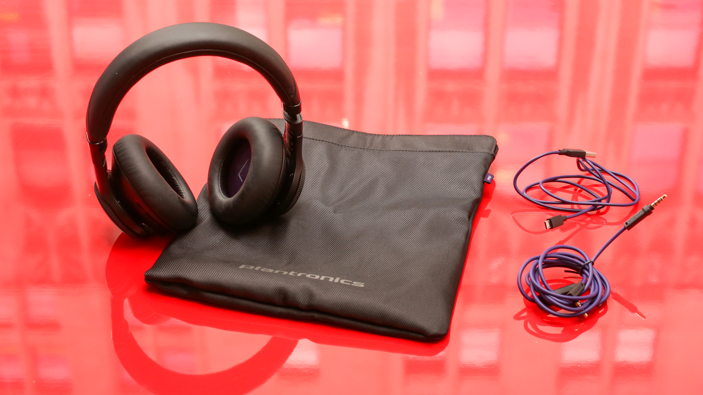 plantronics-backbeat-pro-product-photos13.jpg