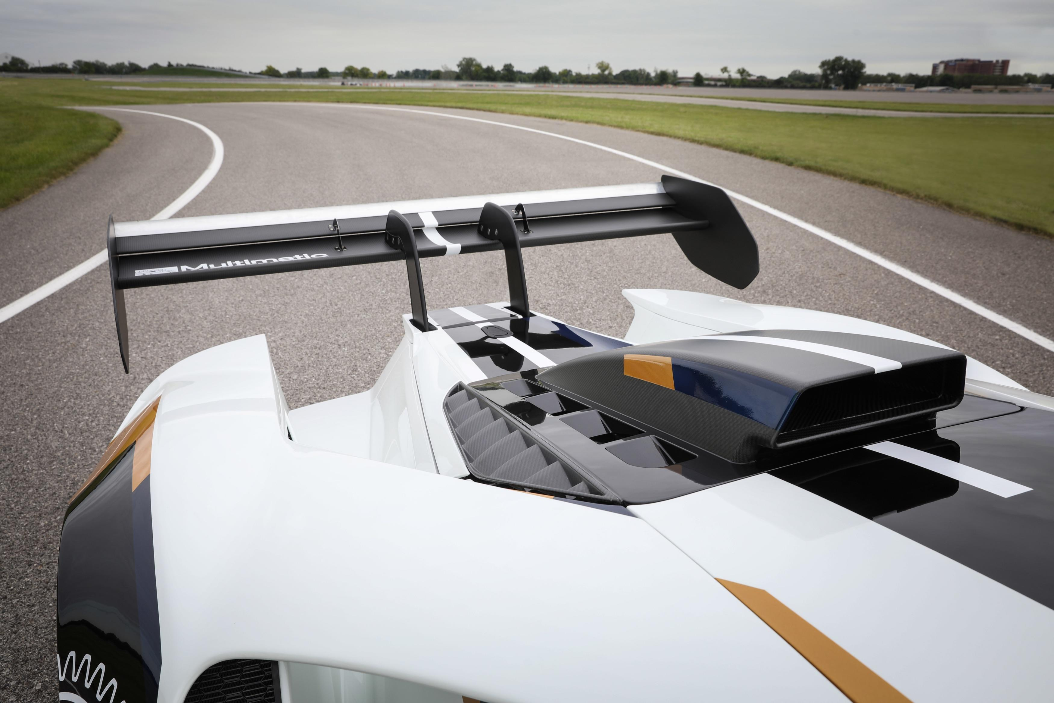 Ford GT Mk II rear wing and air intake
