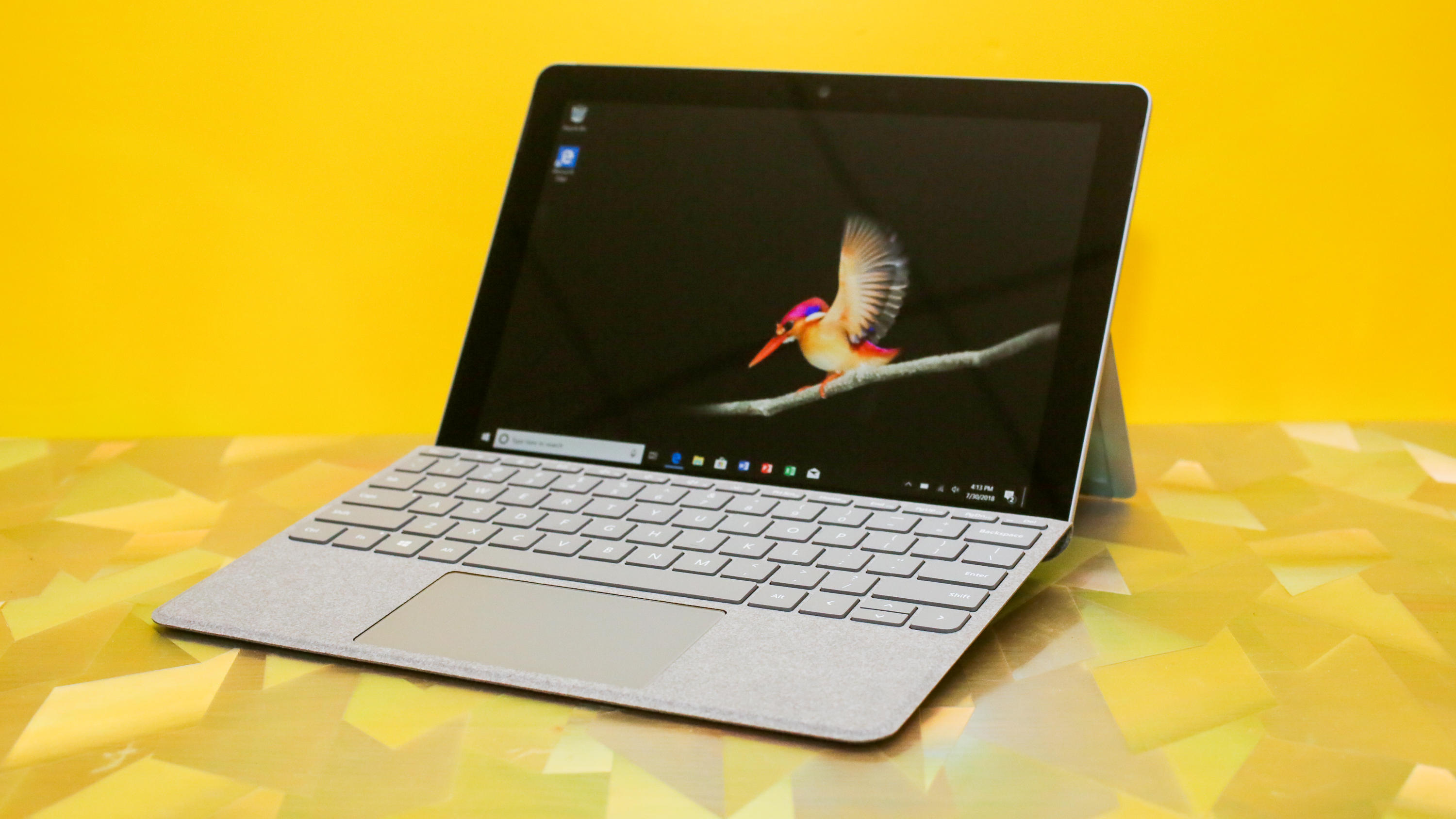 Microsoft Surface Go Pictures
