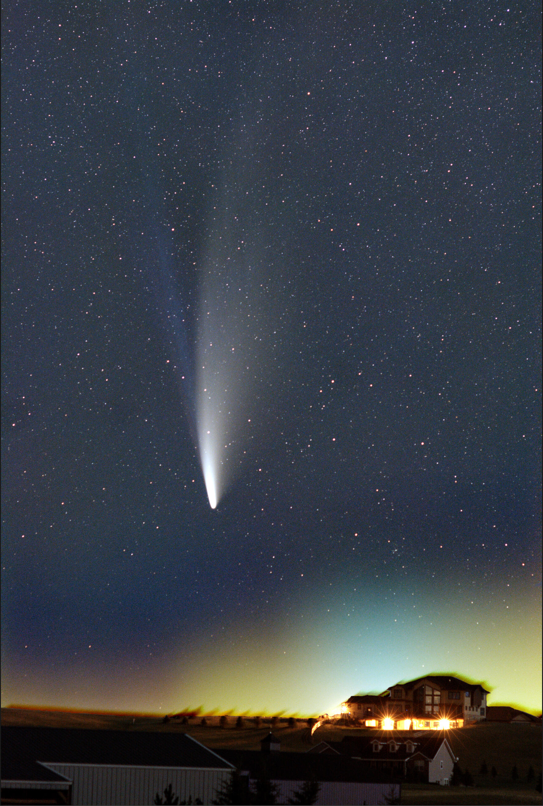 jan-curtis-comet-neowise-071220-stacked-1594816674
