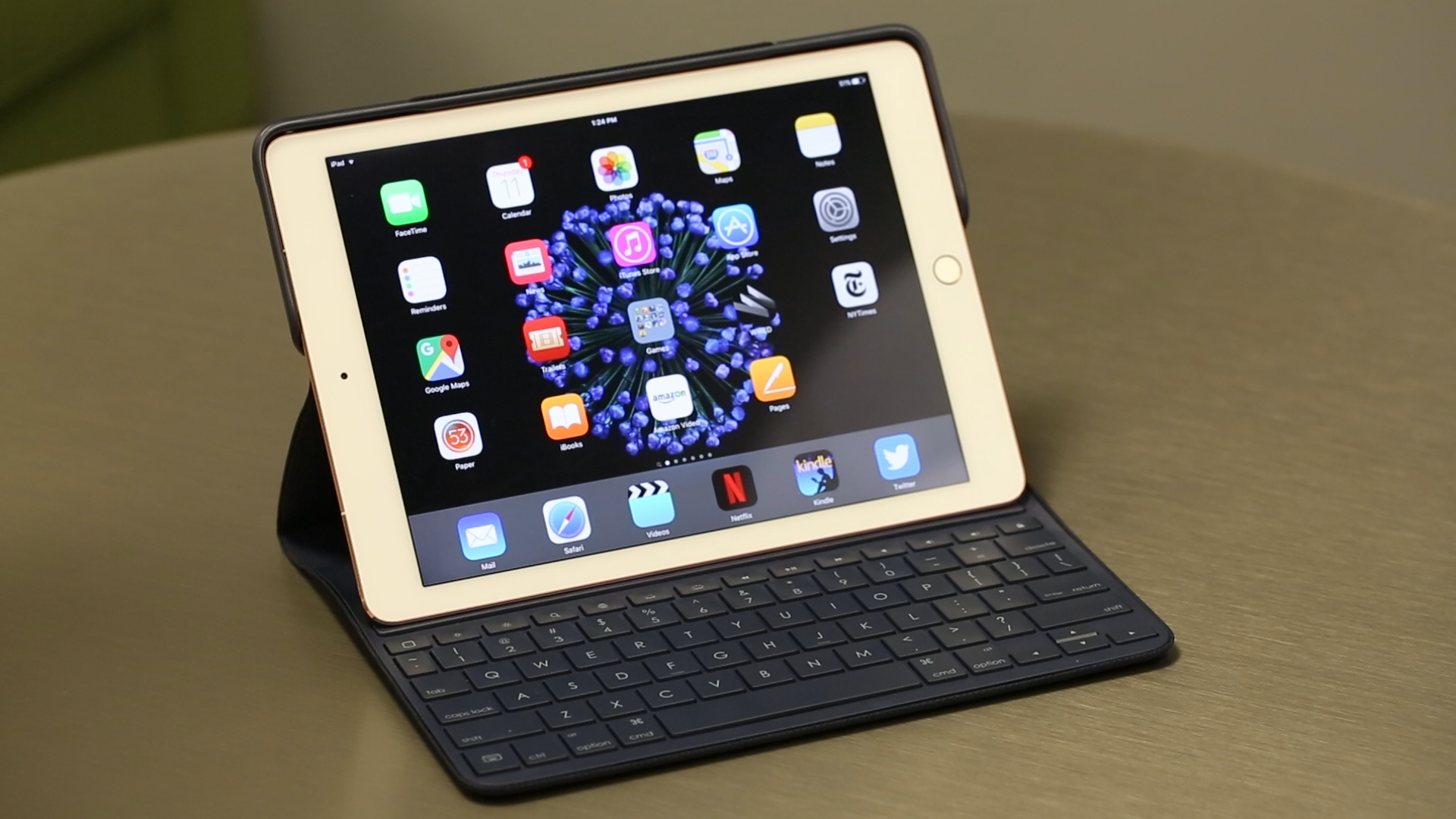 Video: Logitech Create is the best hardcore keyboard case for your iPad Pro