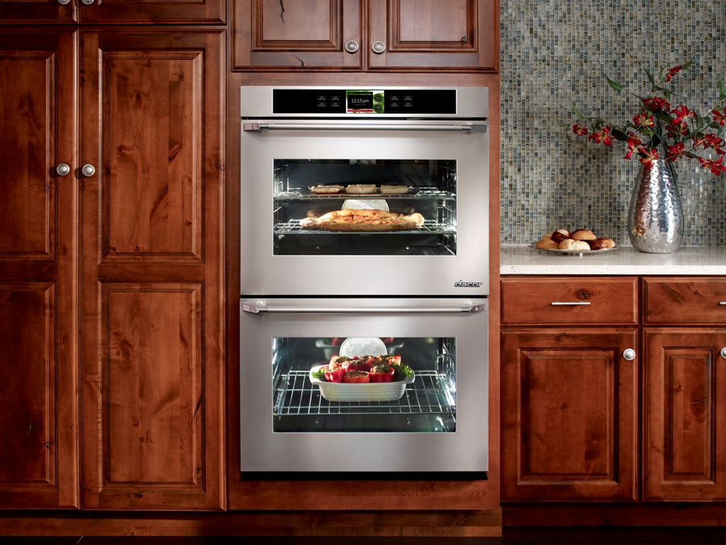 Dacor's Discovery IQ smart oven, available in single and double oven configurations.