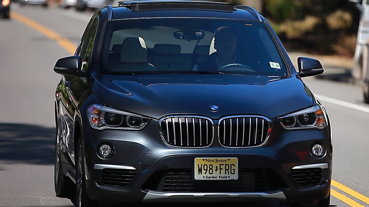 Video: 2016 BMW X1: A high achiever in a crowded class (CNET On Cars, Episode 88)