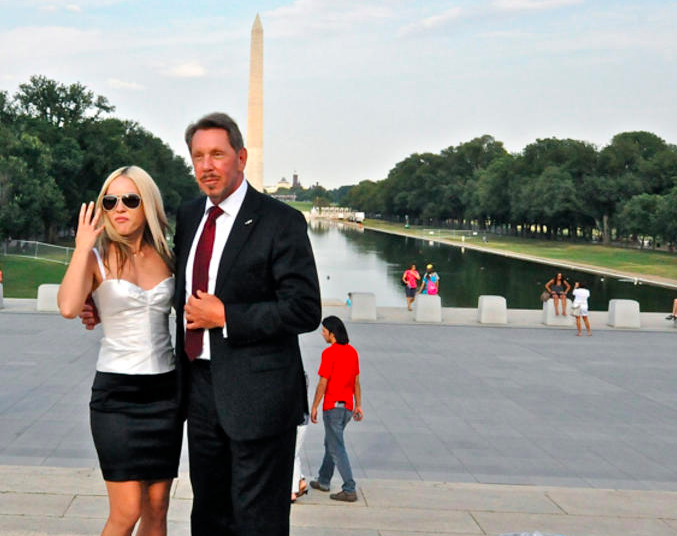 In the summer of 2010, Larry Ellison was playing tourist at the Lincoln Memorial when CNET's Dan Terdiman snapped him mugging while an assistant took a photo.