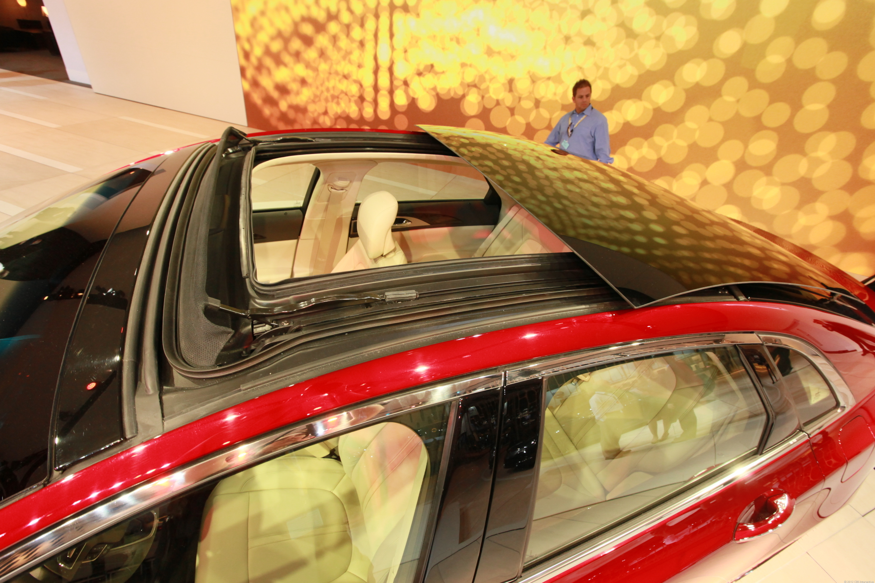 Retractable Panoramic Roof