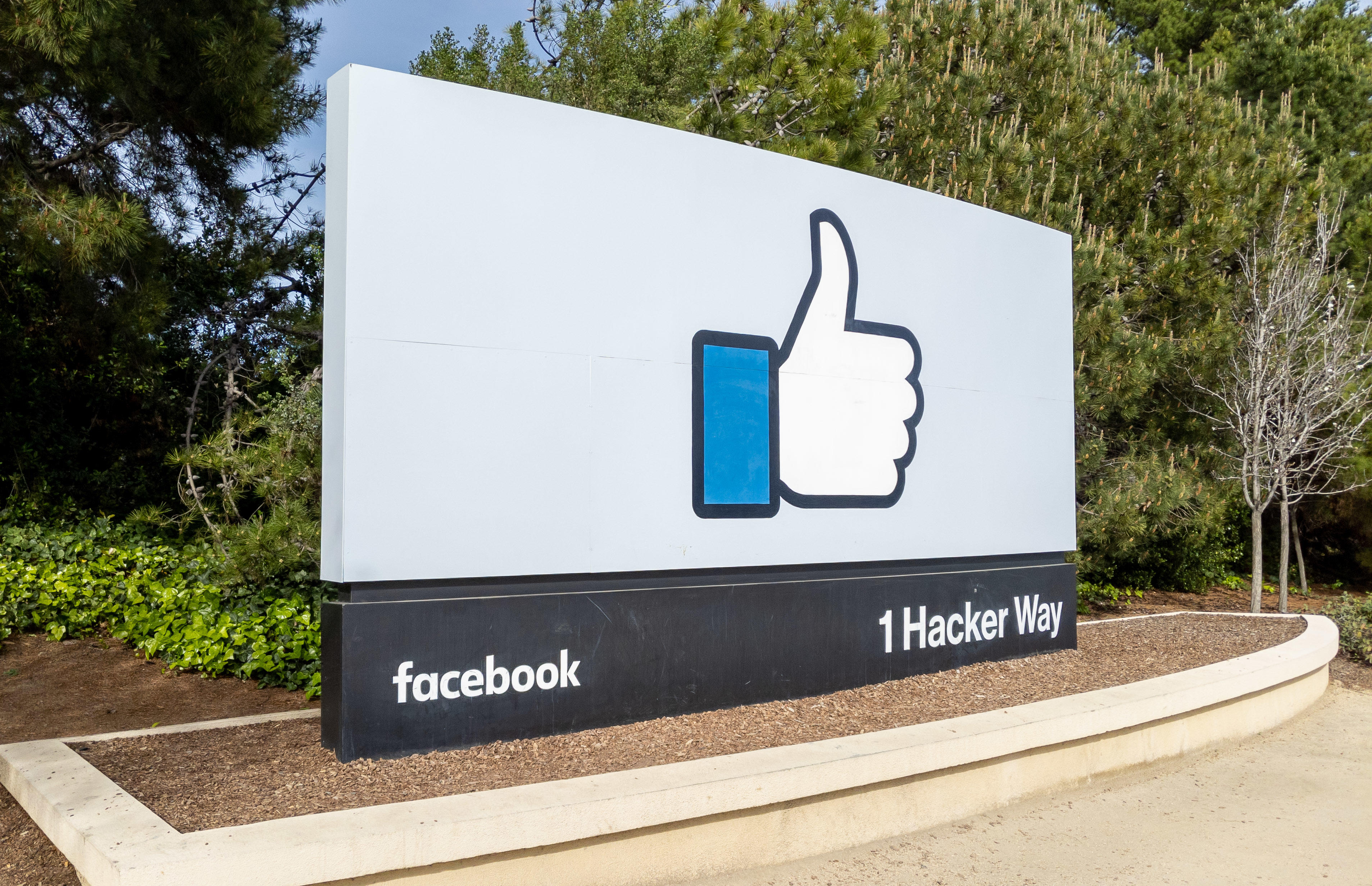 , Facebook plans to start reopening offices on May 10 – Source CNET Tech, iBSC Technologies - learning management services, LMS, Wordpress, CMS, Moodle, IT, Email, Web Hosting, Cloud Server,Cloud Computing