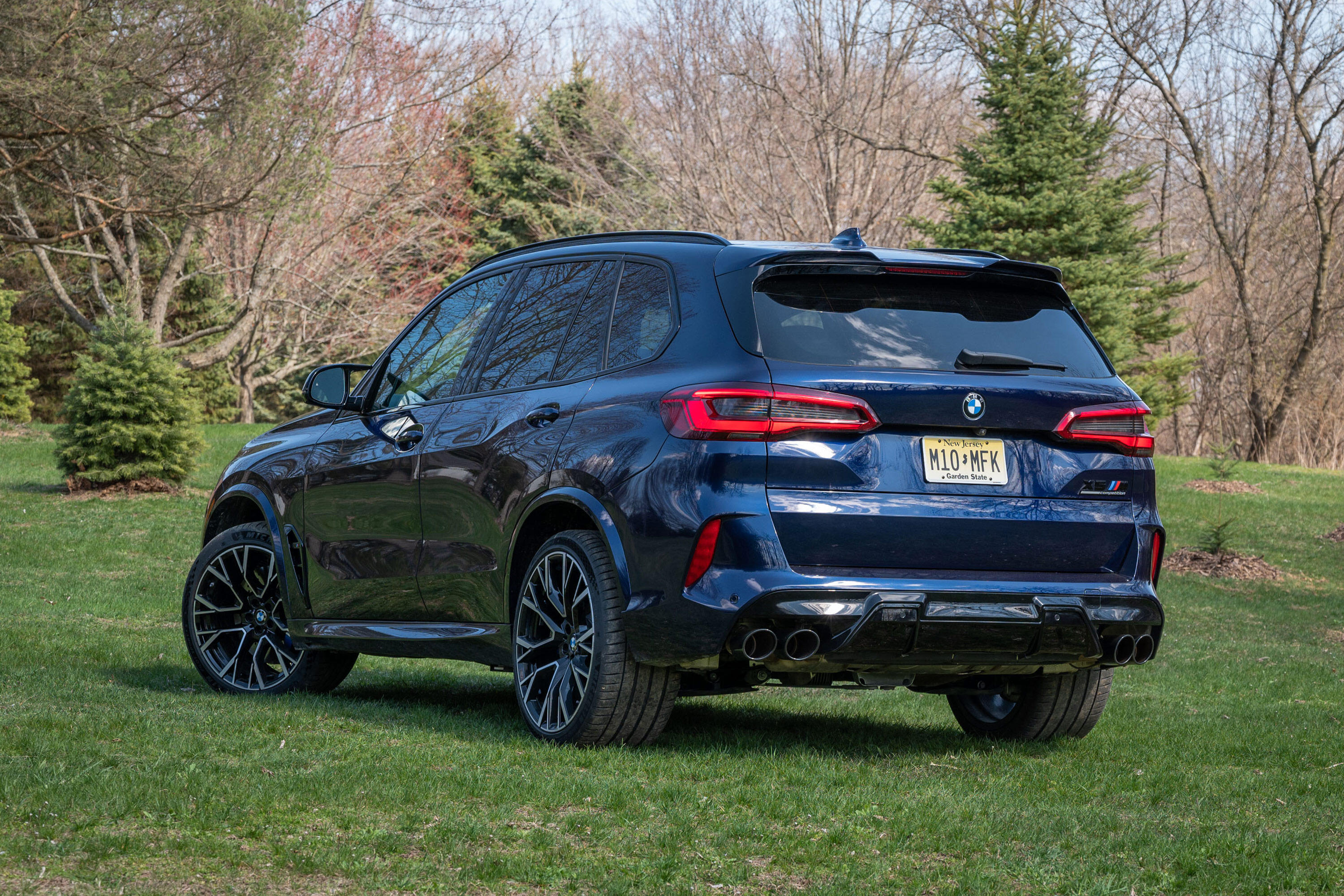 2020-bmw-x5-m-competition-main-art-gallery