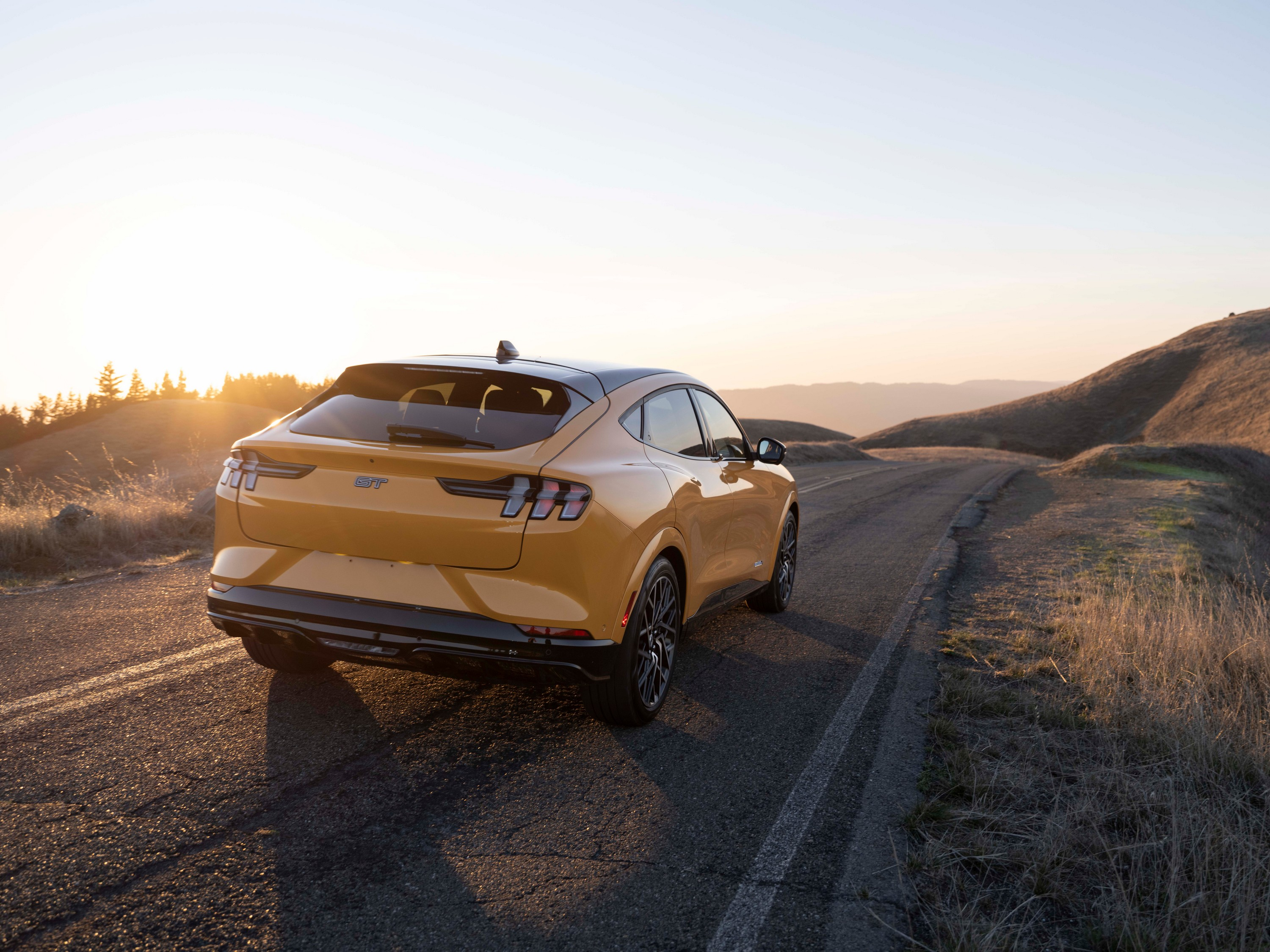 mustang-mach-e-gt-performance-edition-04