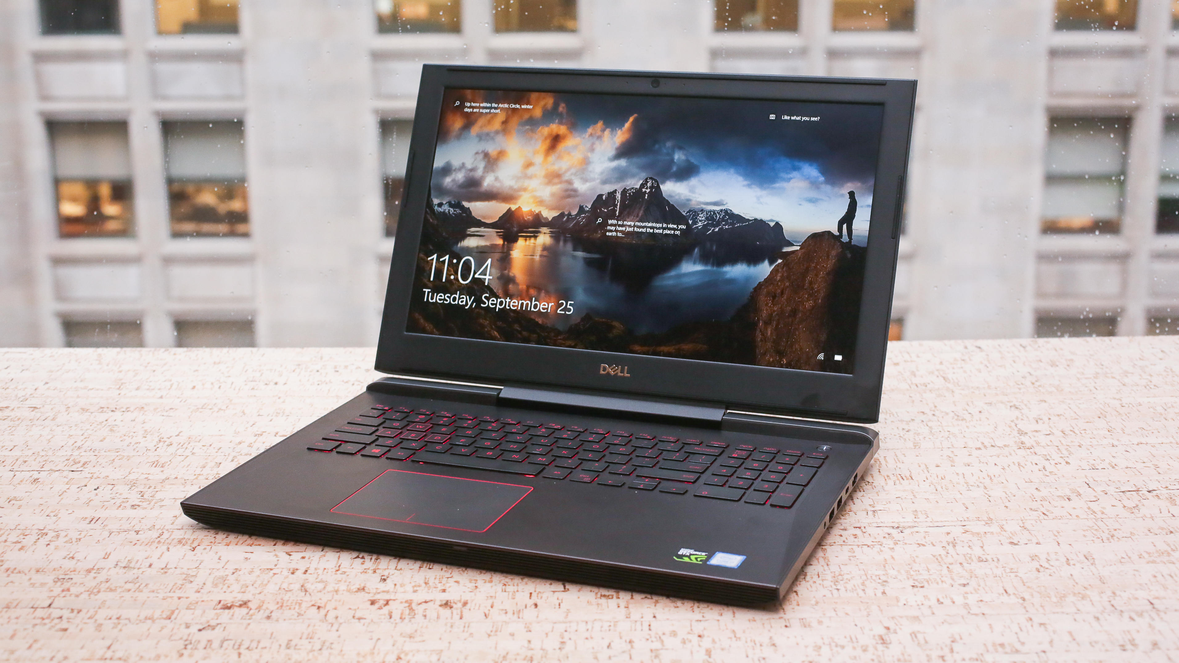 02-dell-g5-15-gaming-laptop