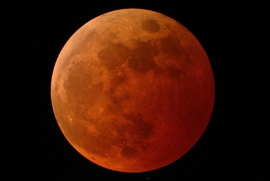 Friday full the moon 'buck' might rise reddish on a lot of the United States